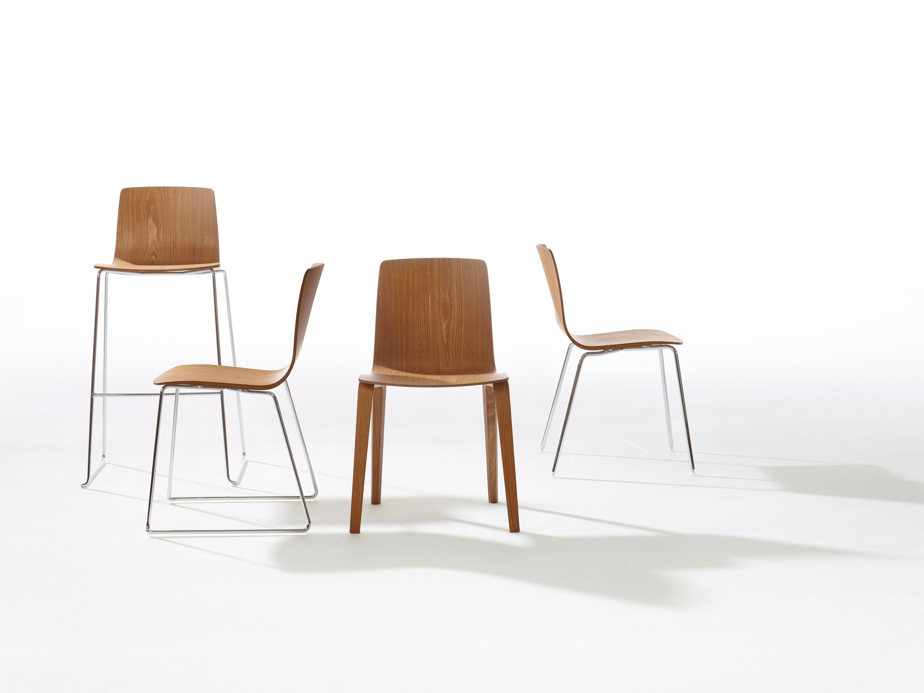 AAVA Bar stools from Arper