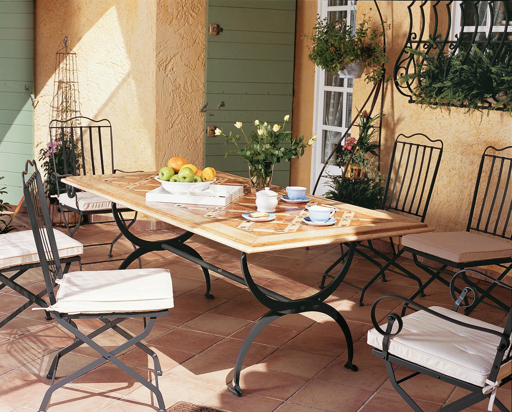 Osiride tavolo tavoli da pranzo da giardino unopi for Produttori tavoli