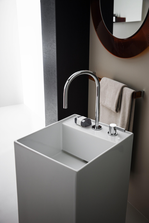 kartell by laufen freestanding washbasin wash basins. Black Bedroom Furniture Sets. Home Design Ideas