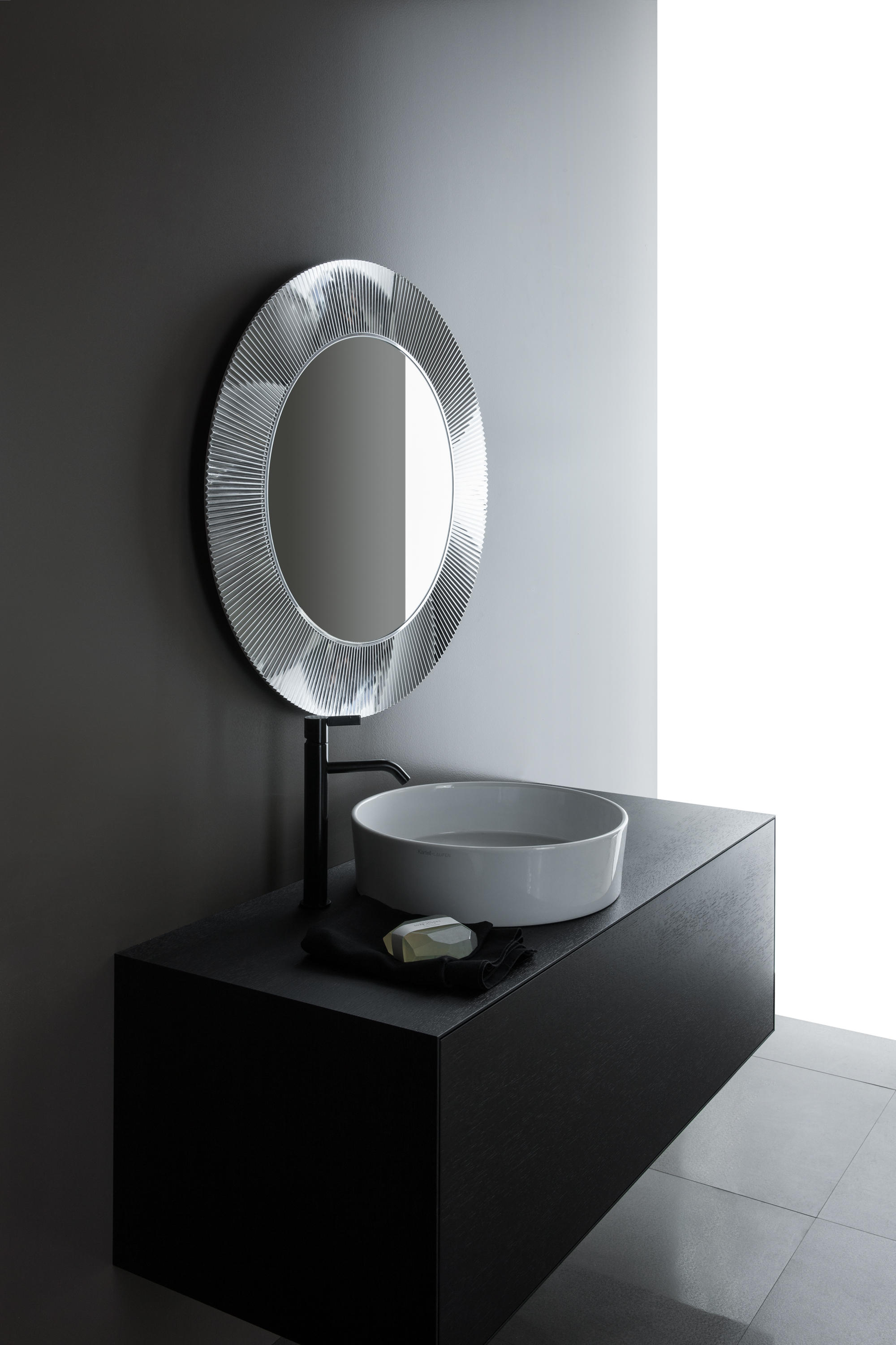 kartell by laufen freestanding washbasin wash basins. Black Bedroom Furniture Sets. Home Design Ideas