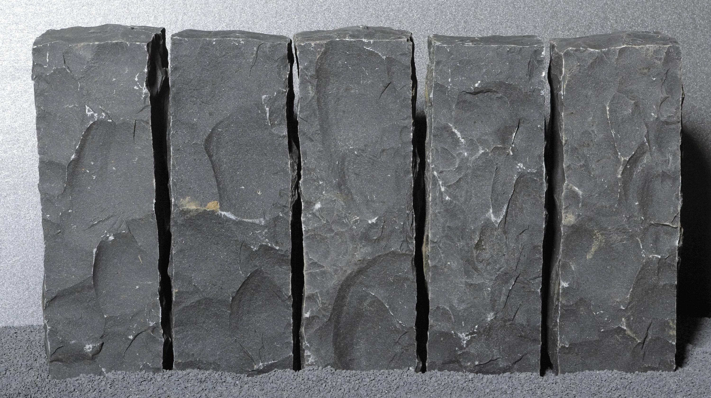 basalt schwarz geflammt naturstein platten von metten architonic. Black Bedroom Furniture Sets. Home Design Ideas