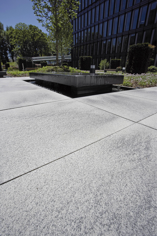 umbriano grau-anthrazit, gemasert - panneaux de béton de metten