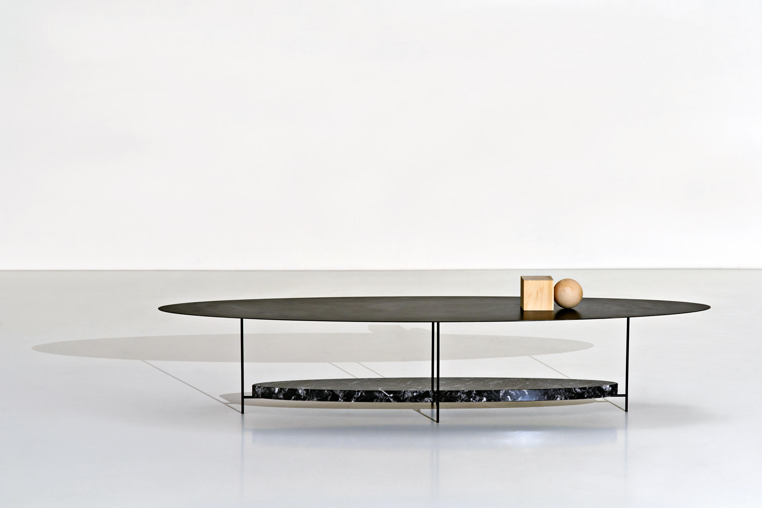 Panna cotta lounge tables from molteni c architonic panna cotta by molteni geotapseo Image collections