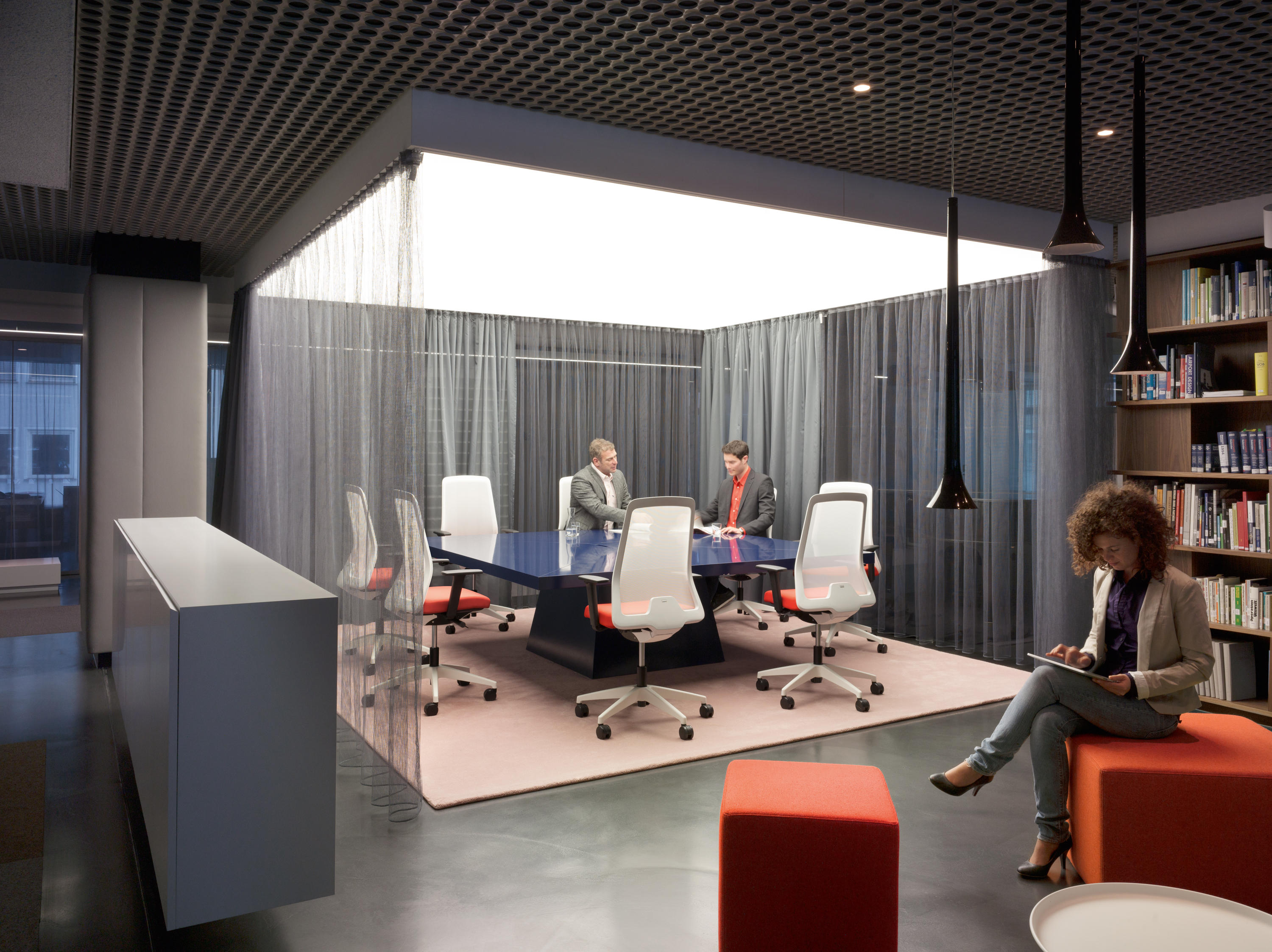 EVERYIS1 142E - Task chairs from Interstuhl Büromöbel GmbH & Co. KG ...