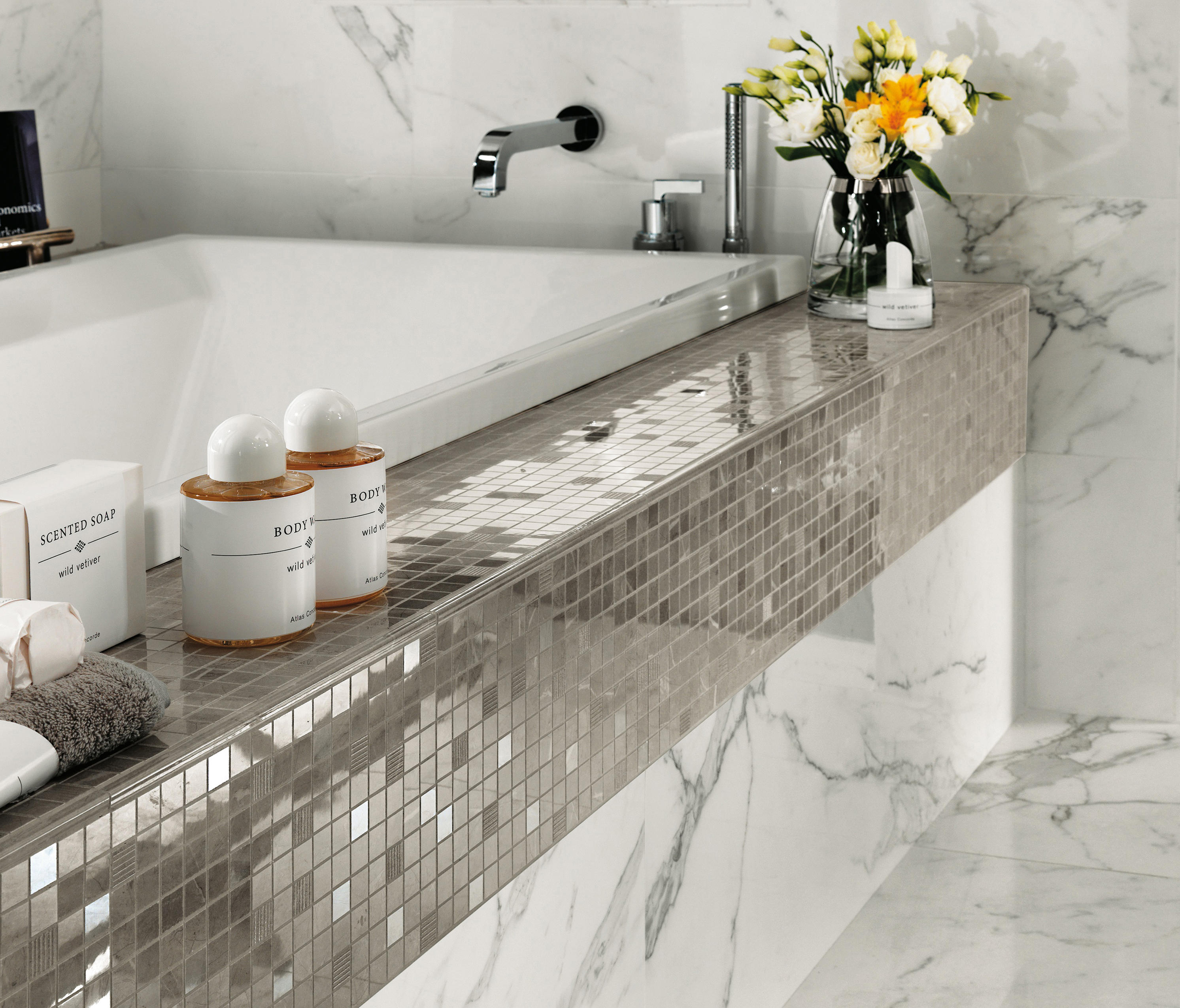 Marvel wall calacatta extra ceramic tiles from atlas for Mosaic salle de bain