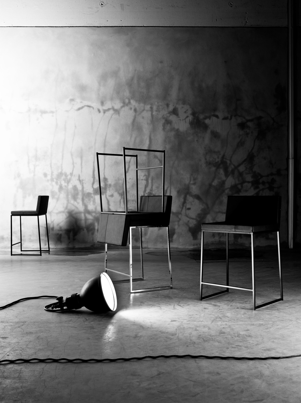 W5 bar stool barhocker von ragnars architonic for Barhocker englisch