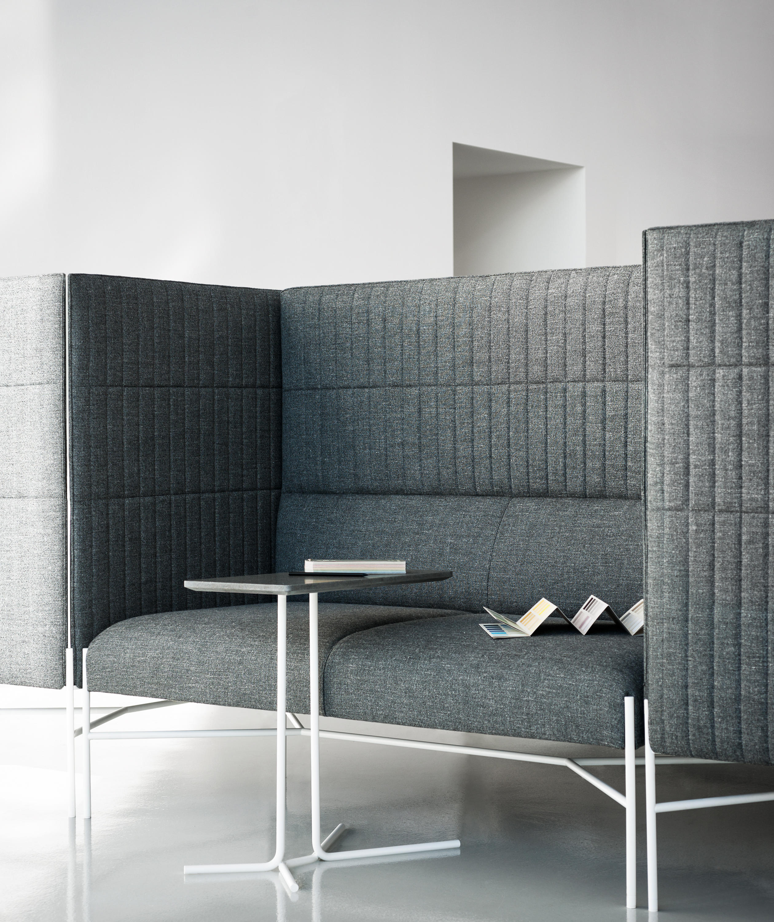 chill out sofas from tacchini italia architonic. Black Bedroom Furniture Sets. Home Design Ideas
