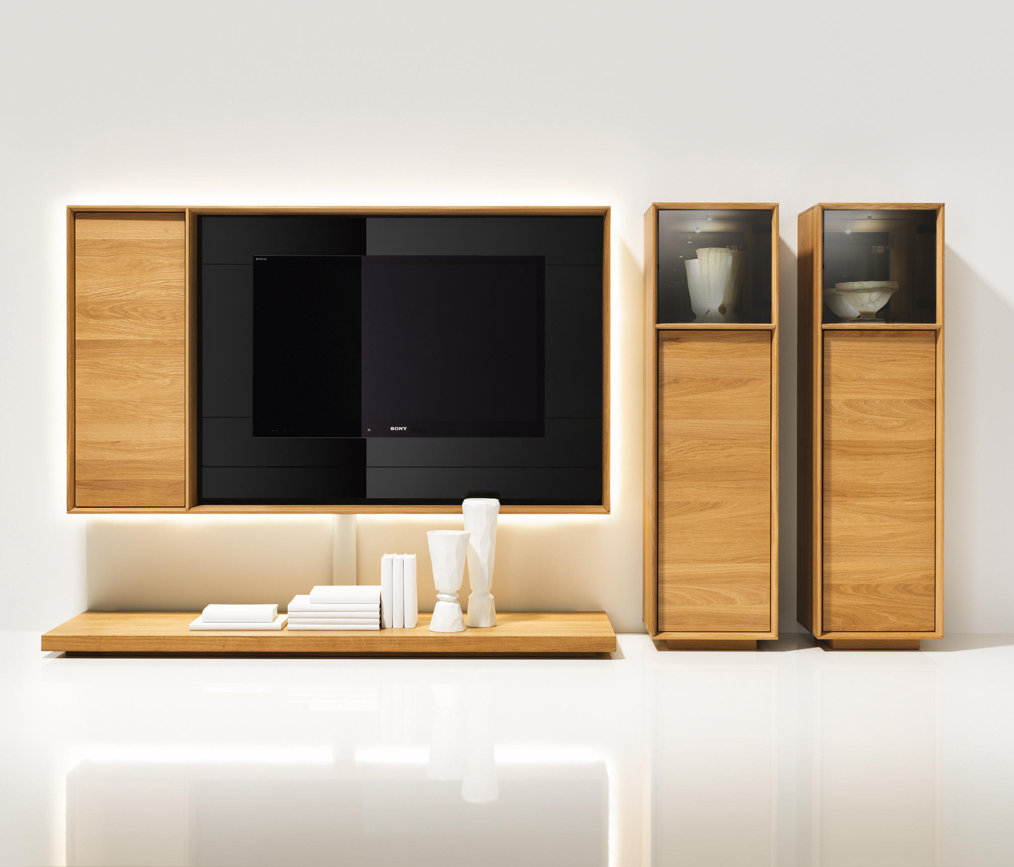 lux regalsystem regale von team 7 architonic. Black Bedroom Furniture Sets. Home Design Ideas