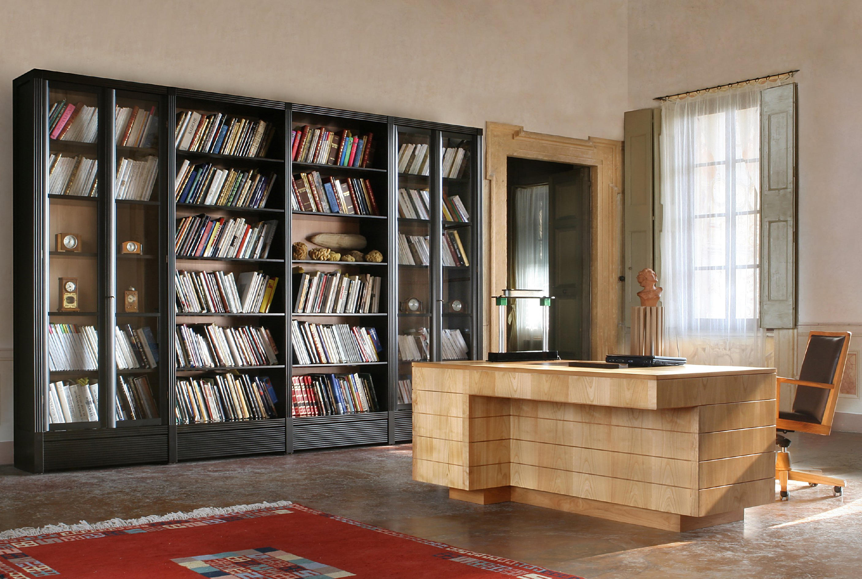 Poltrona 900 girevole task chairs from morelato architonic for Poltrona scrivania design