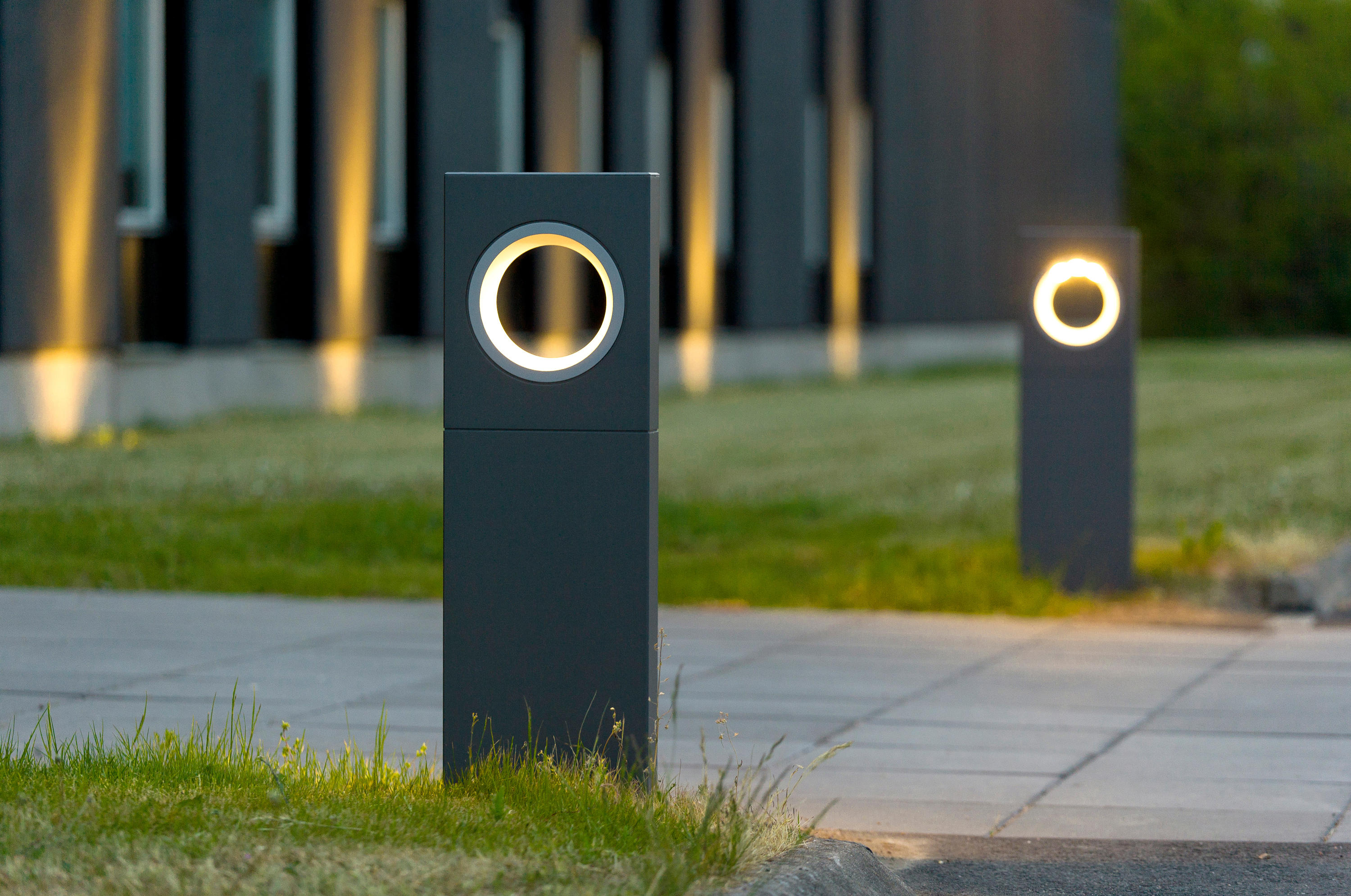Moon 300mm Path Lights From Platek Light Architonic