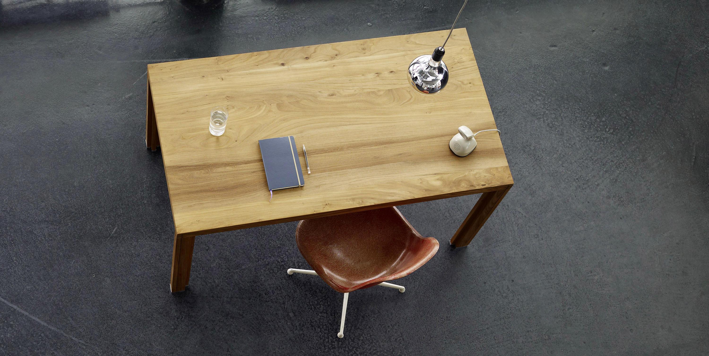 Arbeitstisch massivholz ulme einzeltische von alvari for Schreibtisch von oben