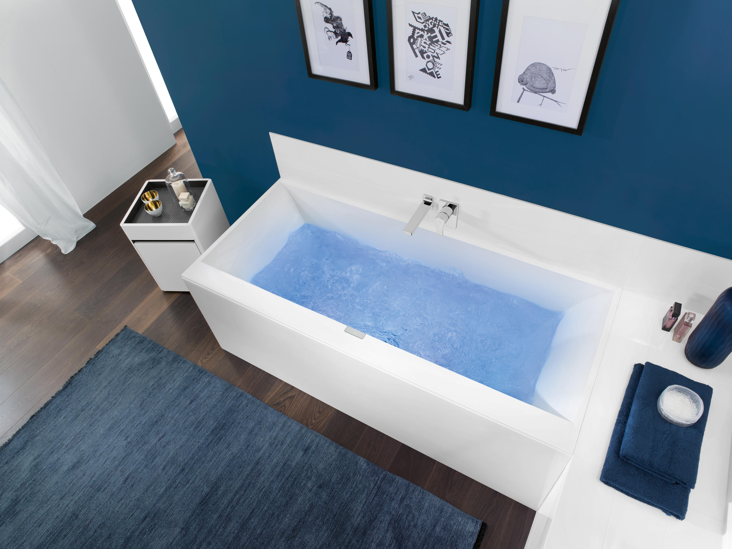 squaro edge 12 bath bathtubs from villeroy boch architonic. Black Bedroom Furniture Sets. Home Design Ideas