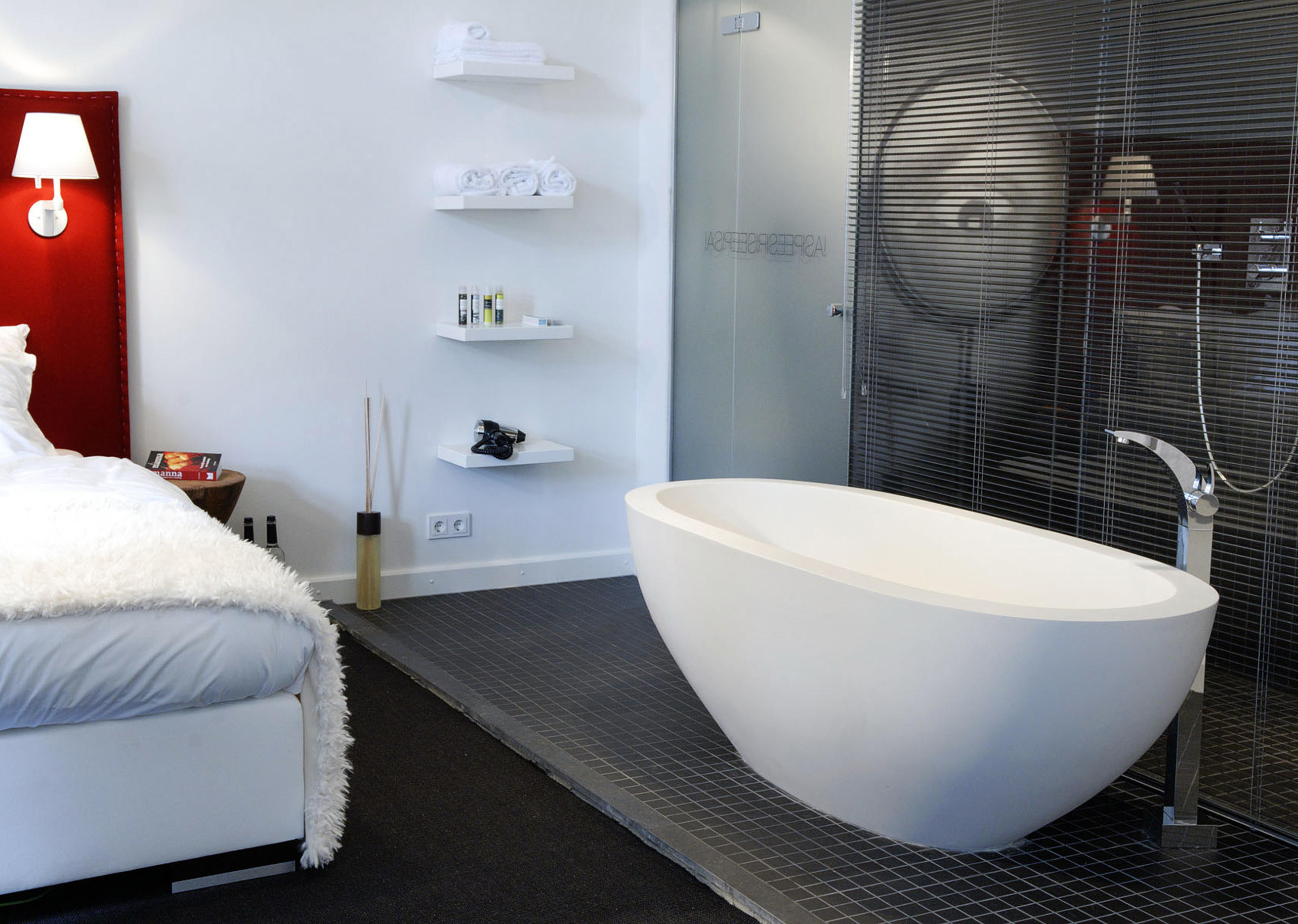 JEE-O BY DADO ACANTHUS - Free-standing baths from JEE-O | Architonic