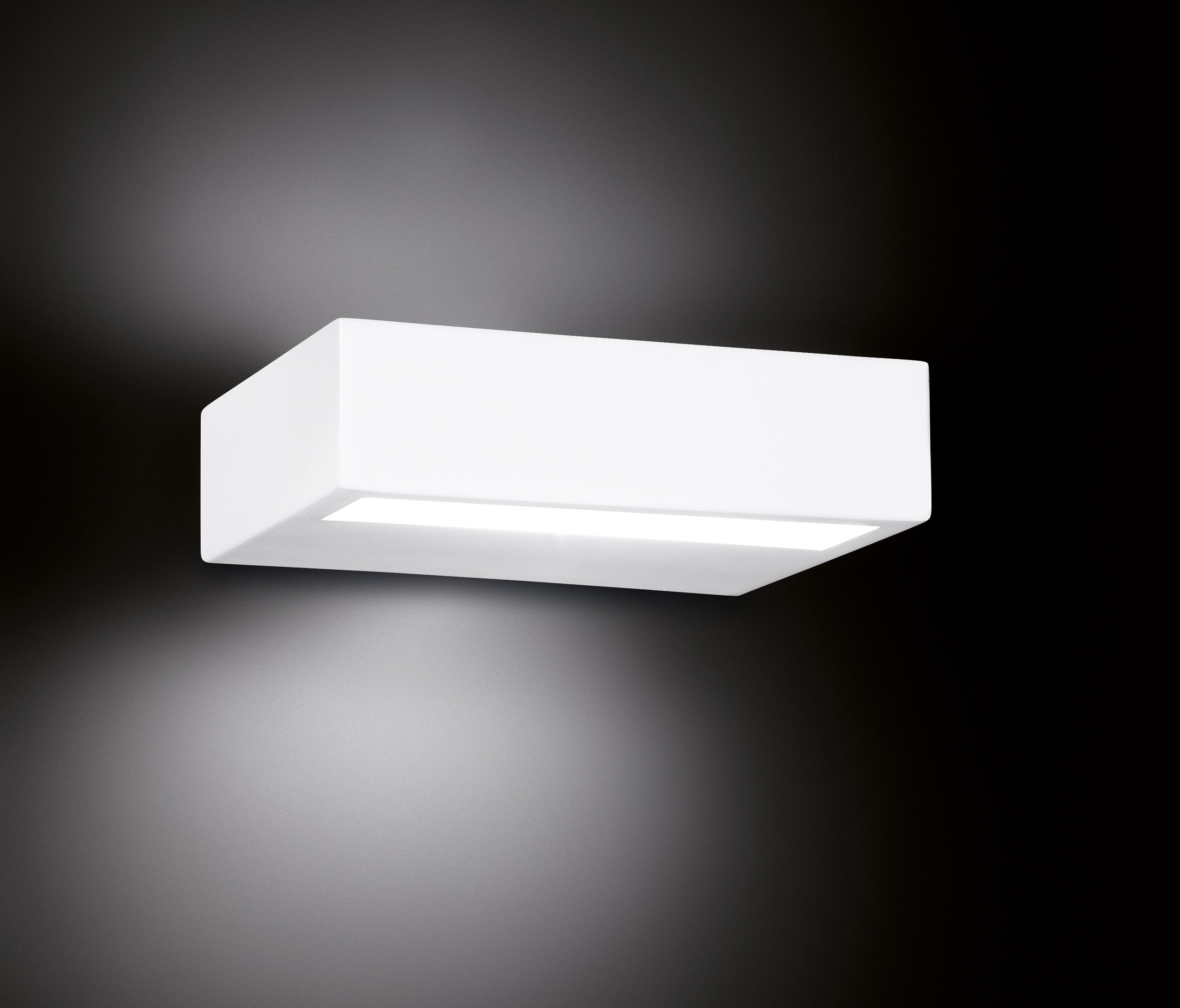 alias   wallmounted spotlights from leucos usa  architonic -  alias  by leucos usa