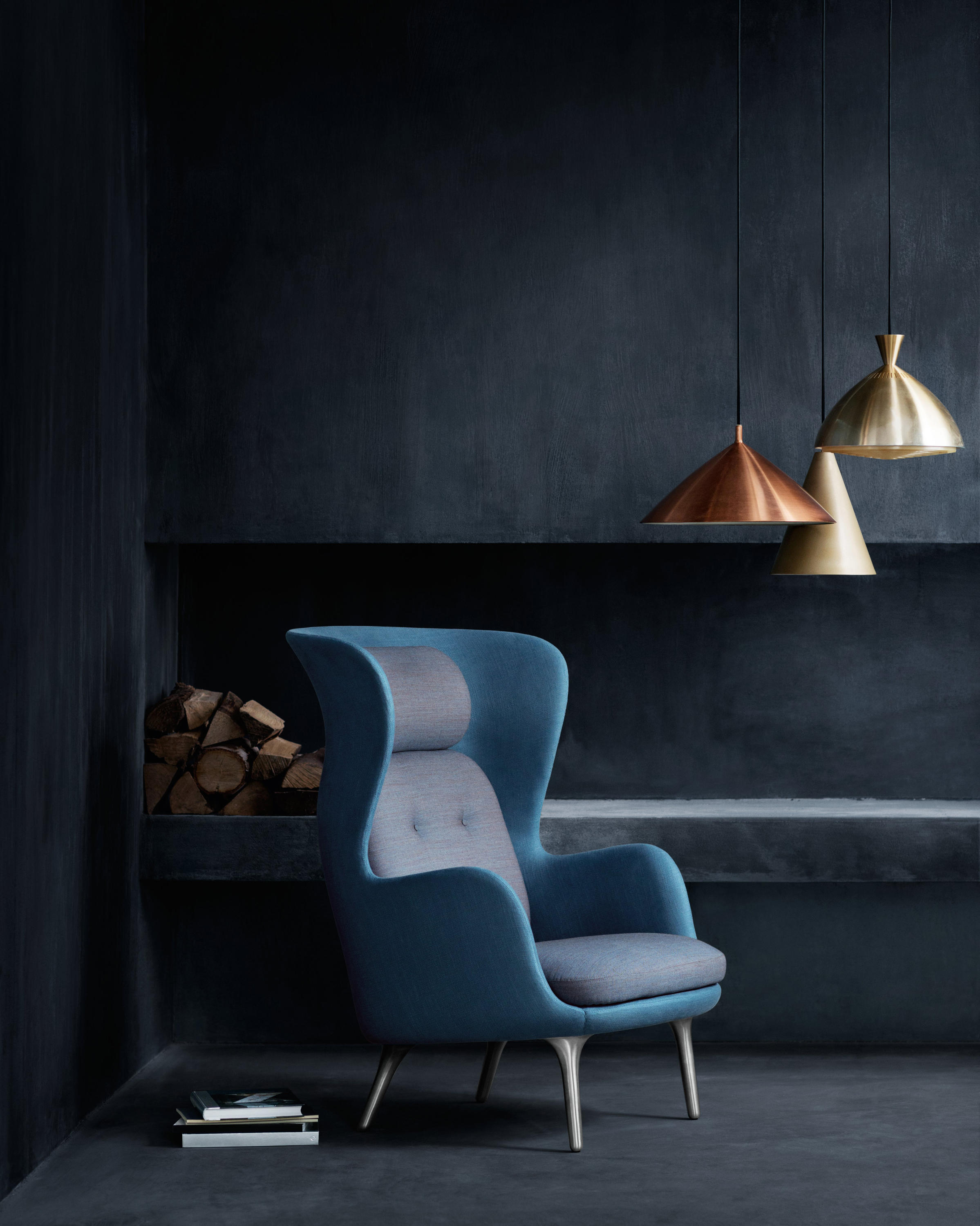 ro jh1 lounge chairs from fritz hansen architonic. Black Bedroom Furniture Sets. Home Design Ideas