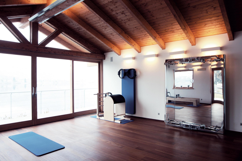Progetto per la mansarda in d con orditura del tetto articolata e