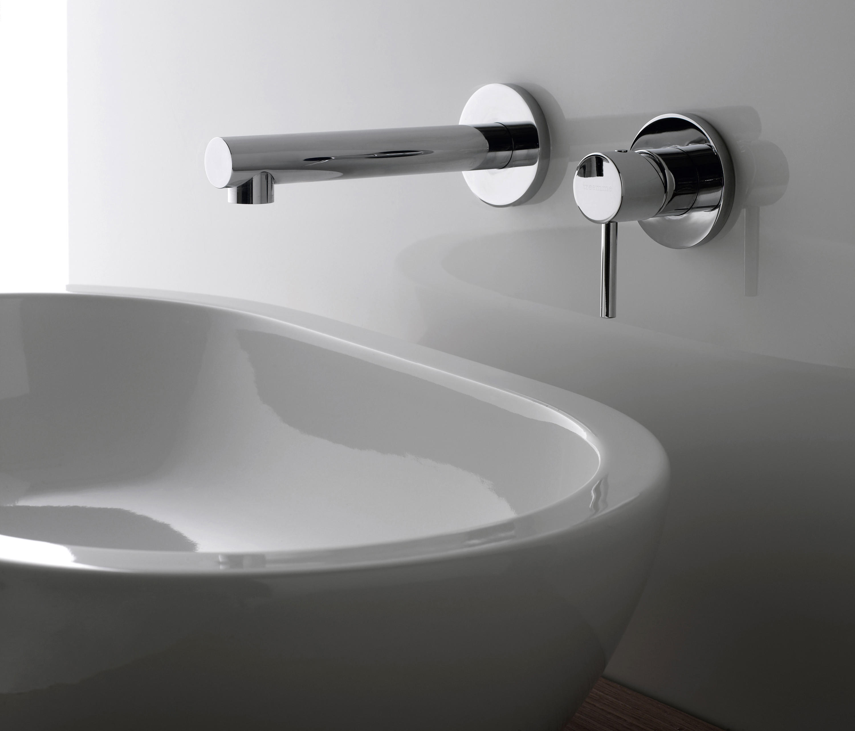 Vela 5810 rubinetteria lavabi rubinetterie treemme architonic for Rubinetti a parete bagno