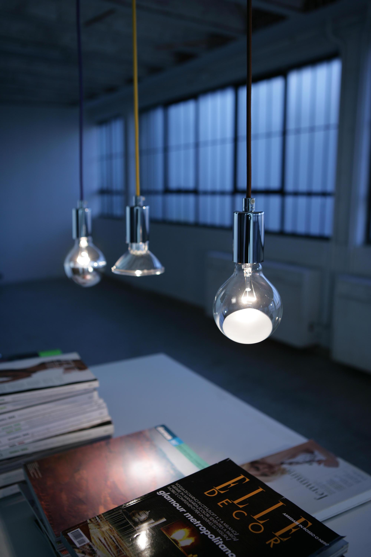 Idea telaio pavimento lampade piantana vesoi architonic - Faretti a sospensione per interni ...