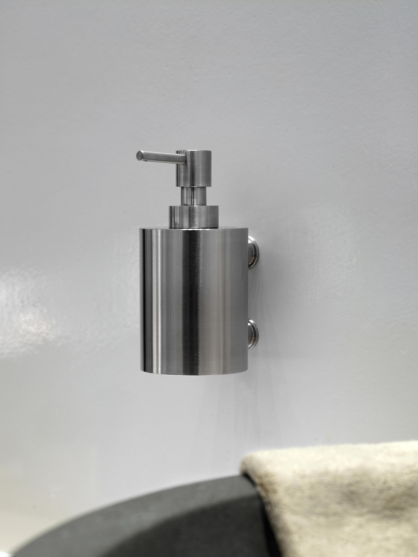 ONE BATHWARE PB750 - Towel rails from Formani | Architonic