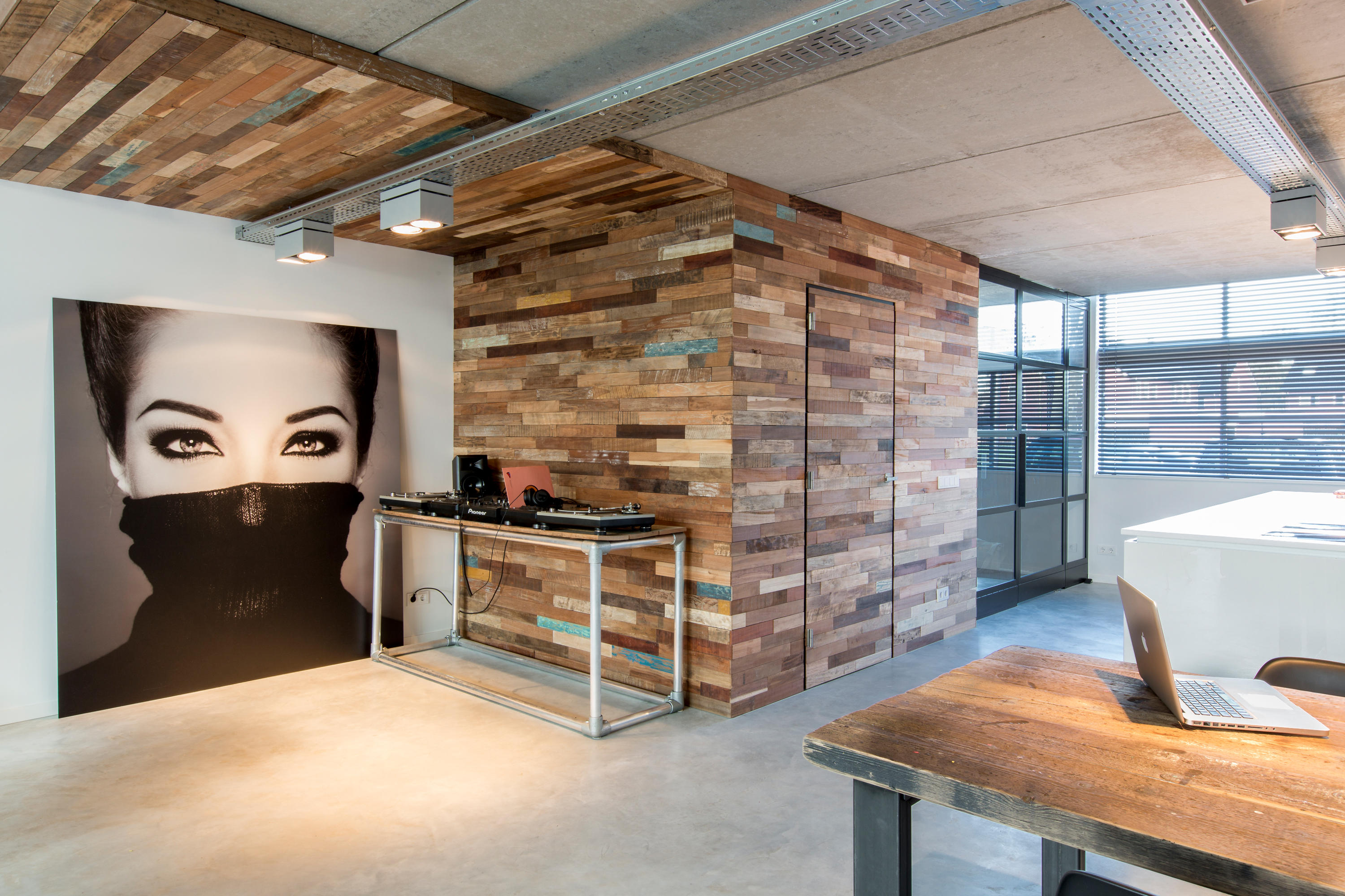 Bridges Wood Panels From Wonderwall Studios Architonic