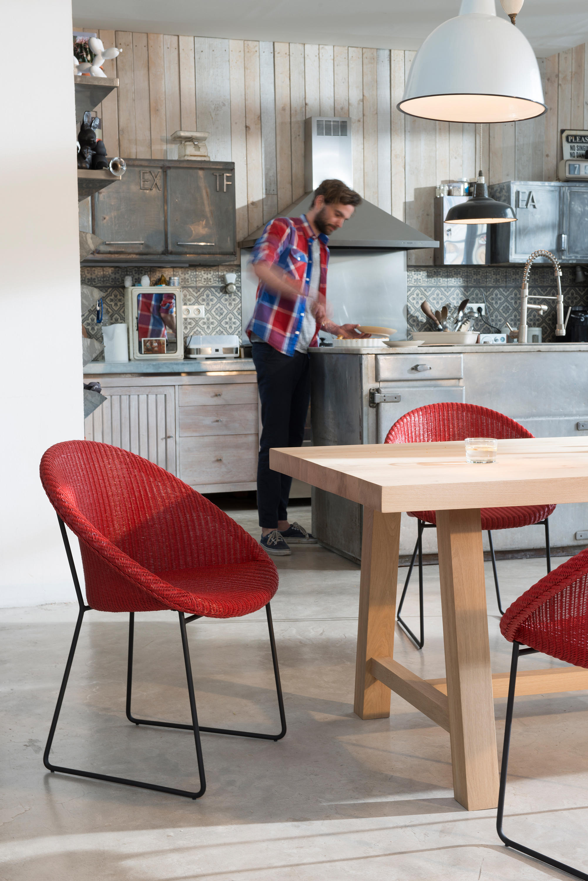 DINING TABLES - LILLE - Dining tables from Vincent Sheppard   Architonic