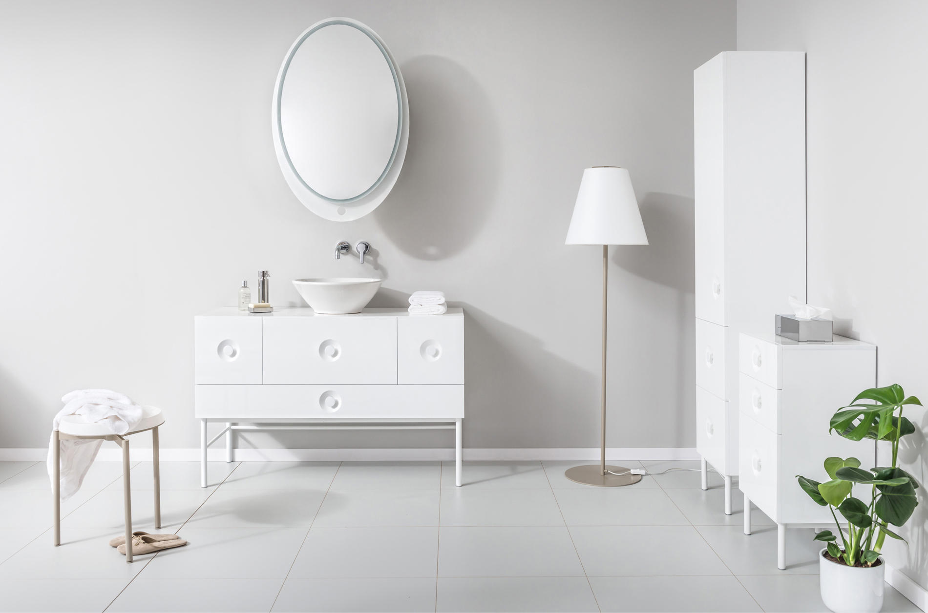 Ella Mirror Mirrors From Miior Architonic