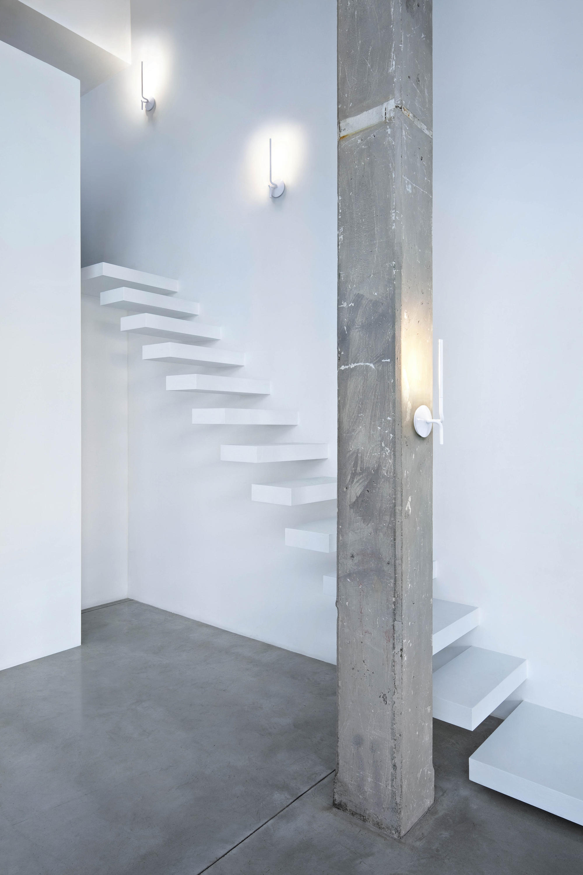 LIGHTSPRING SINGLE - Wall lights from Flos | Architonic