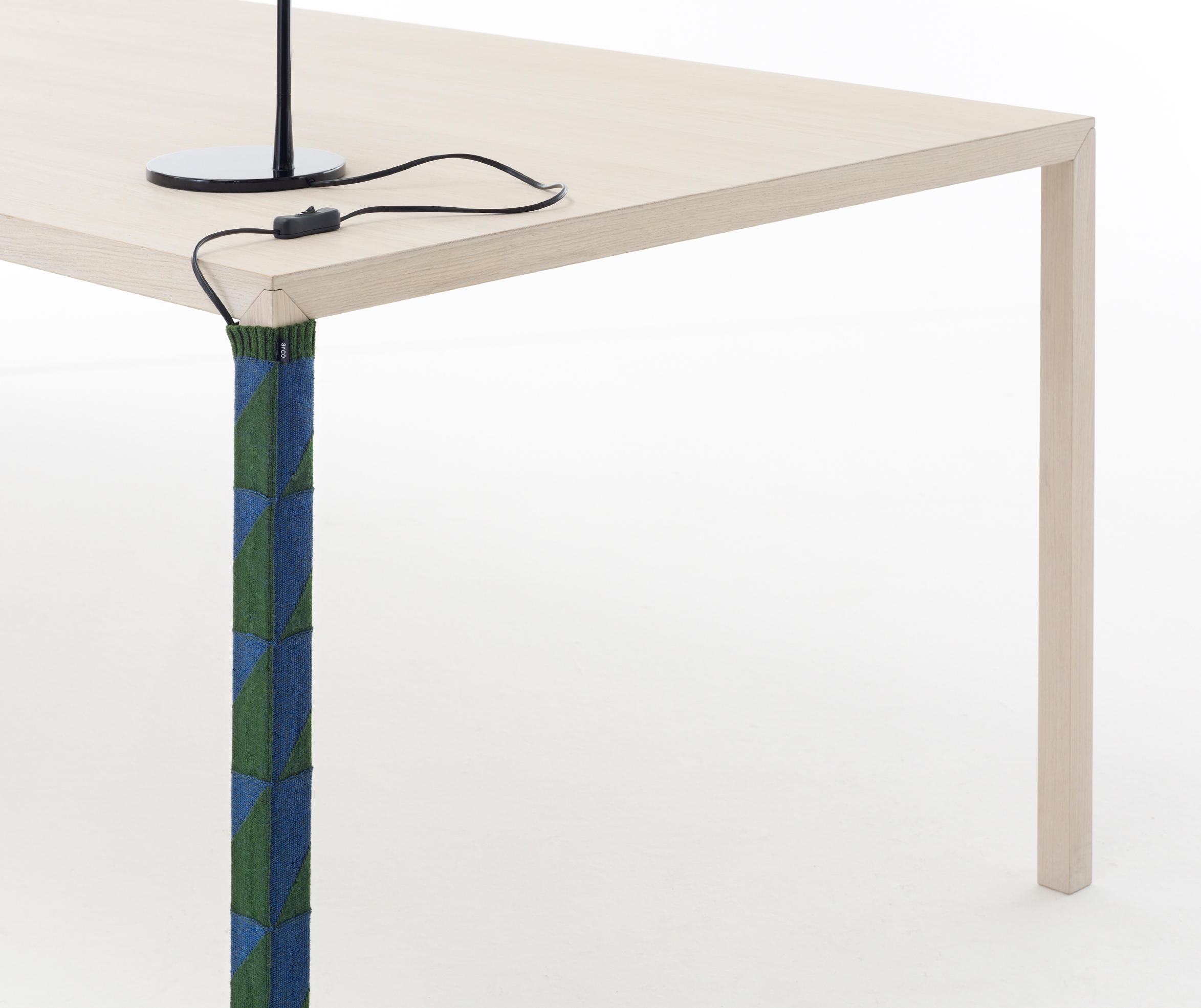 Tv Meubel Denver.Cable Sock Table Equipment From Arco Architonic