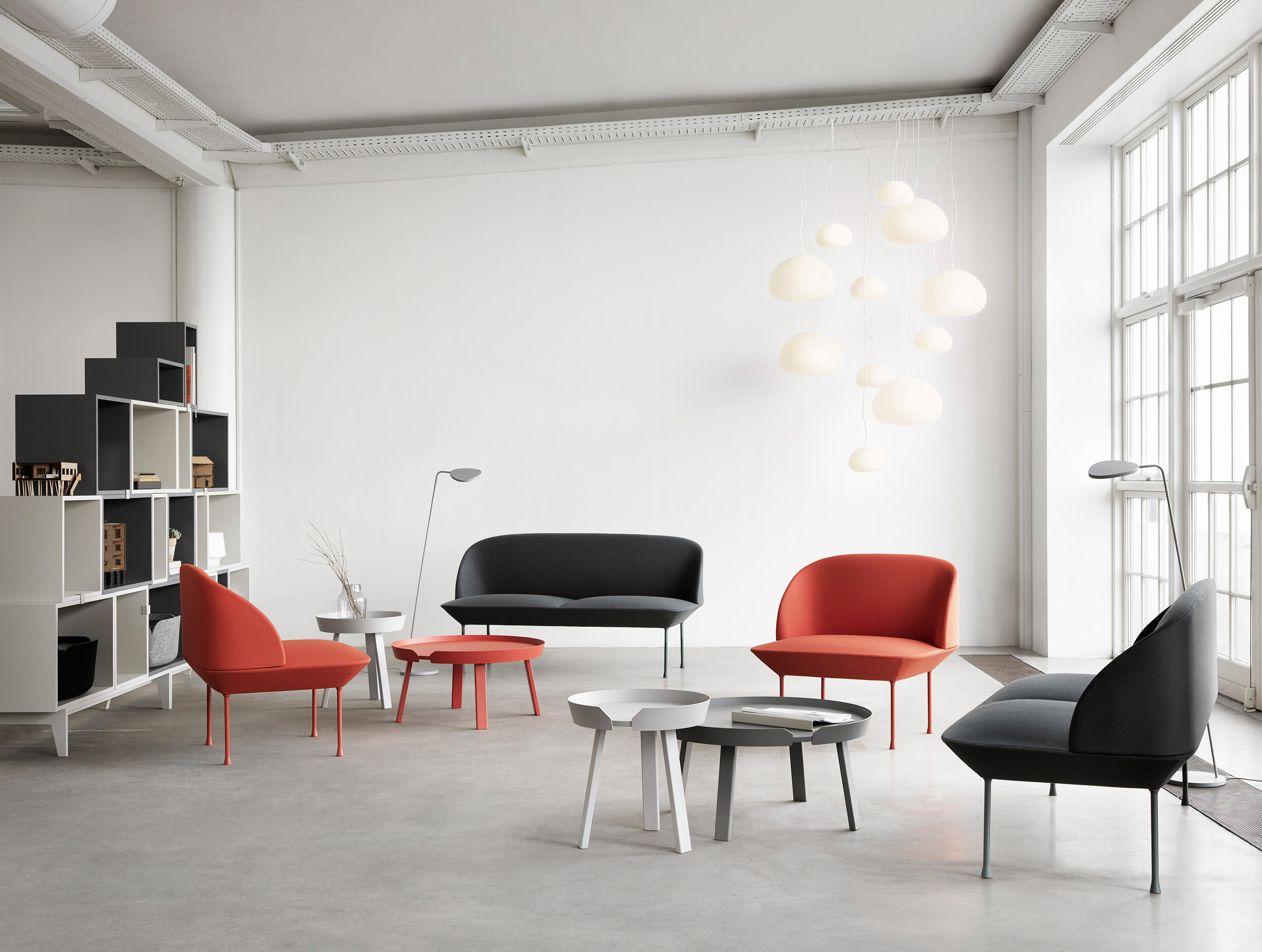 oslo chair lounge chairs from muuto architonic. Black Bedroom Furniture Sets. Home Design Ideas