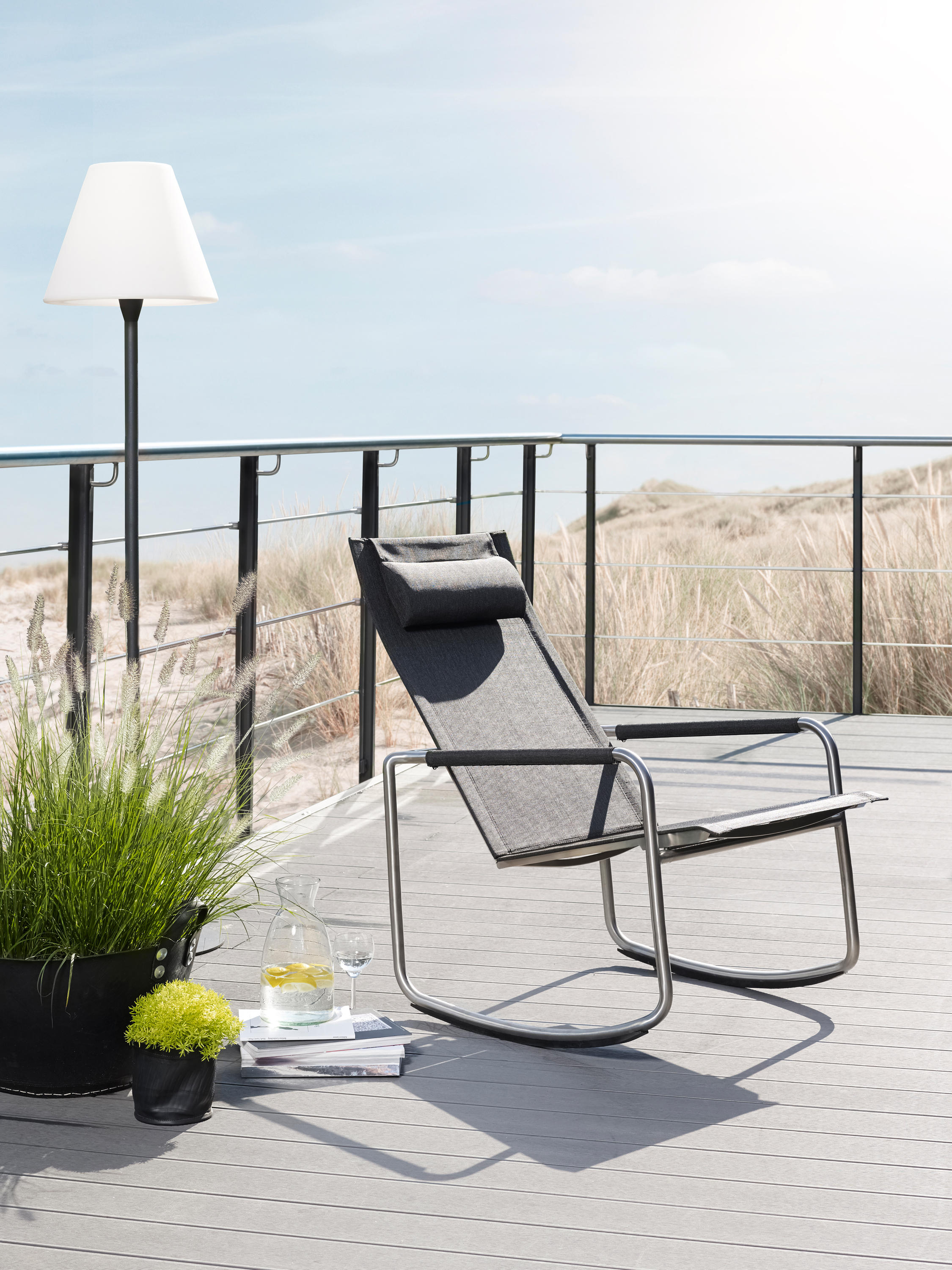 jardin stacking chair si ges de jardin de solpuri architonic. Black Bedroom Furniture Sets. Home Design Ideas