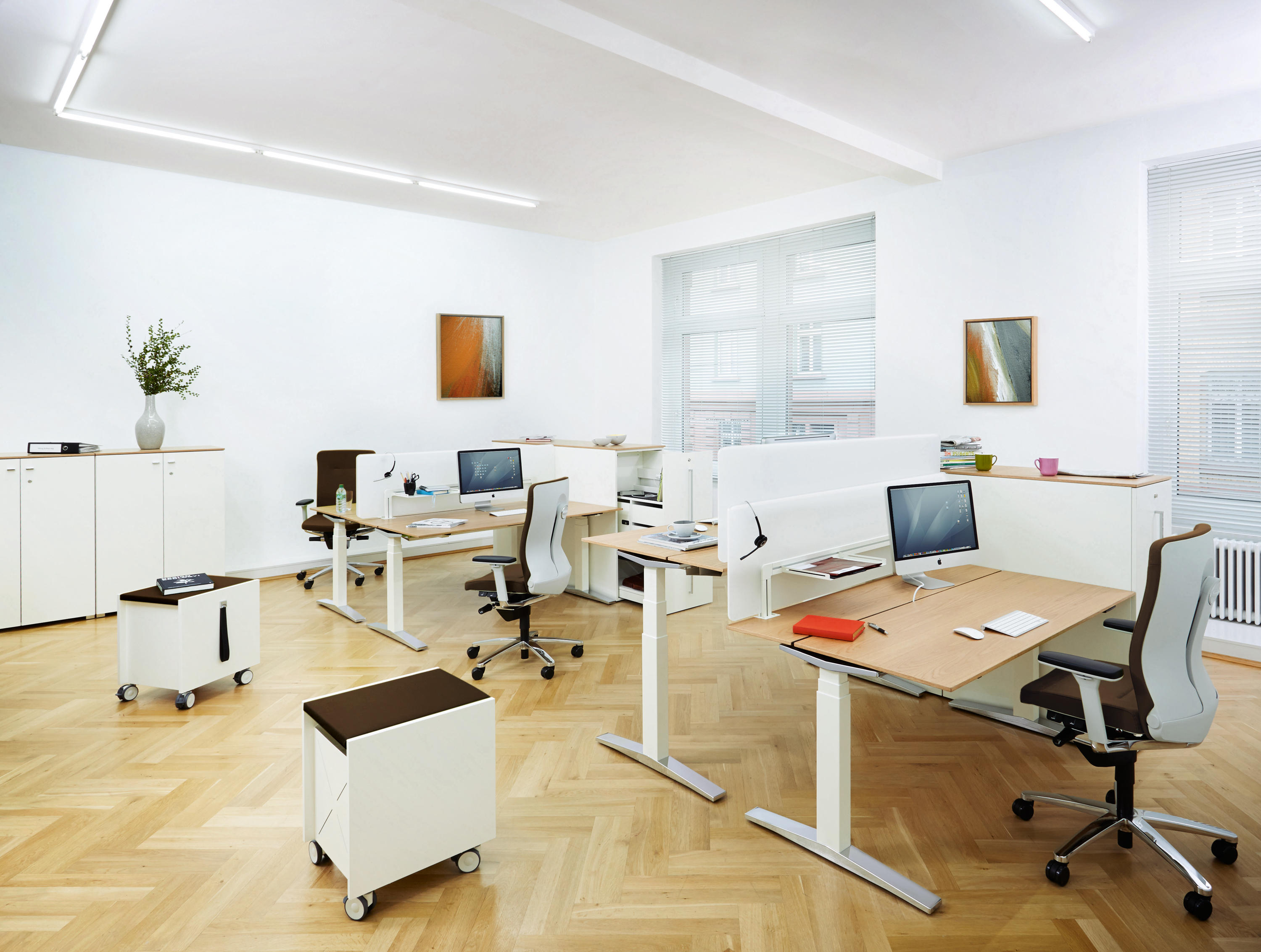 TABLE.W - Individual desks from König+Neurath | Architonic