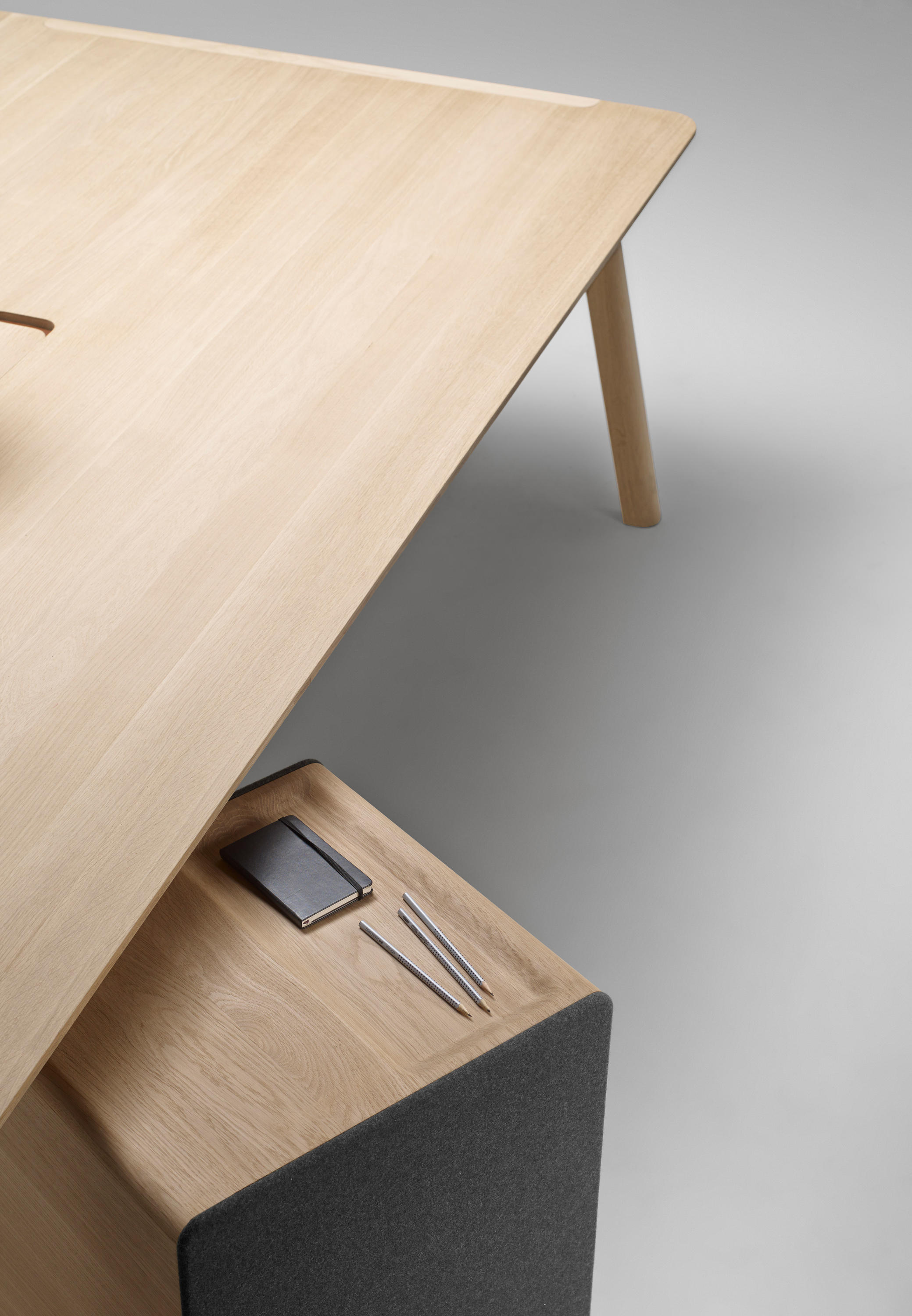 Heldu Chair Chairs From Alki Architonic