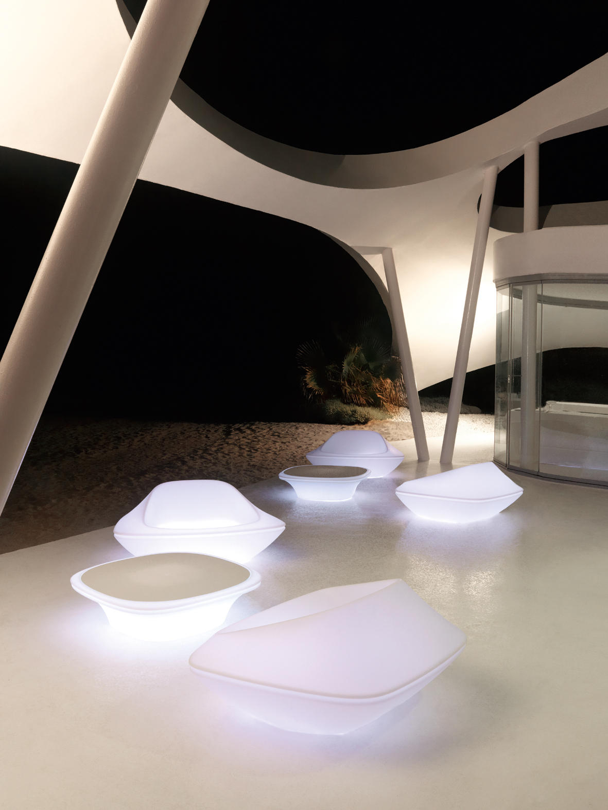 Ufo Chair Chairs From Vondom Architonic