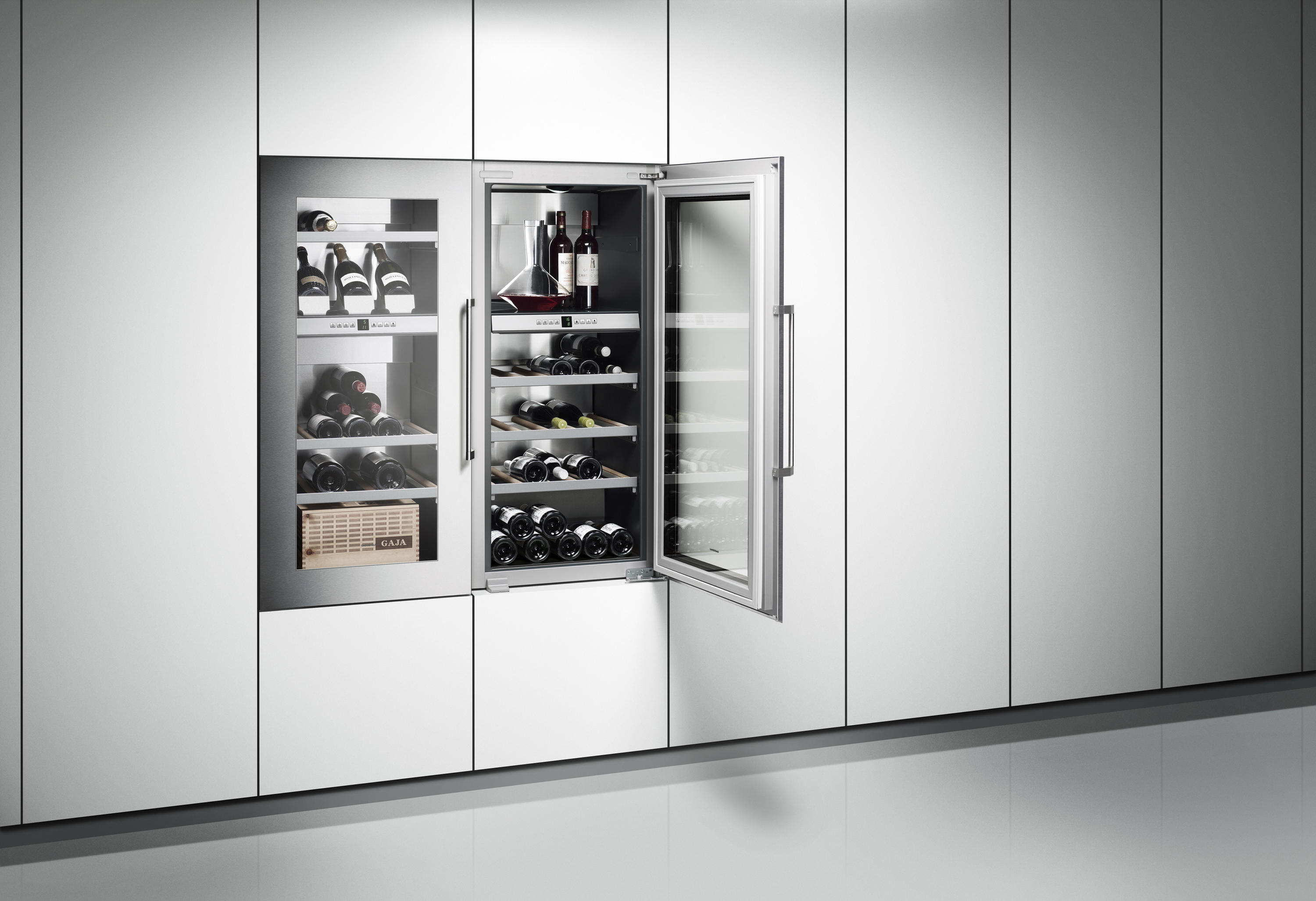 vario wine climate cabinet 400 series rw 464 rw 414 refrigerators from gaggenau architonic. Black Bedroom Furniture Sets. Home Design Ideas
