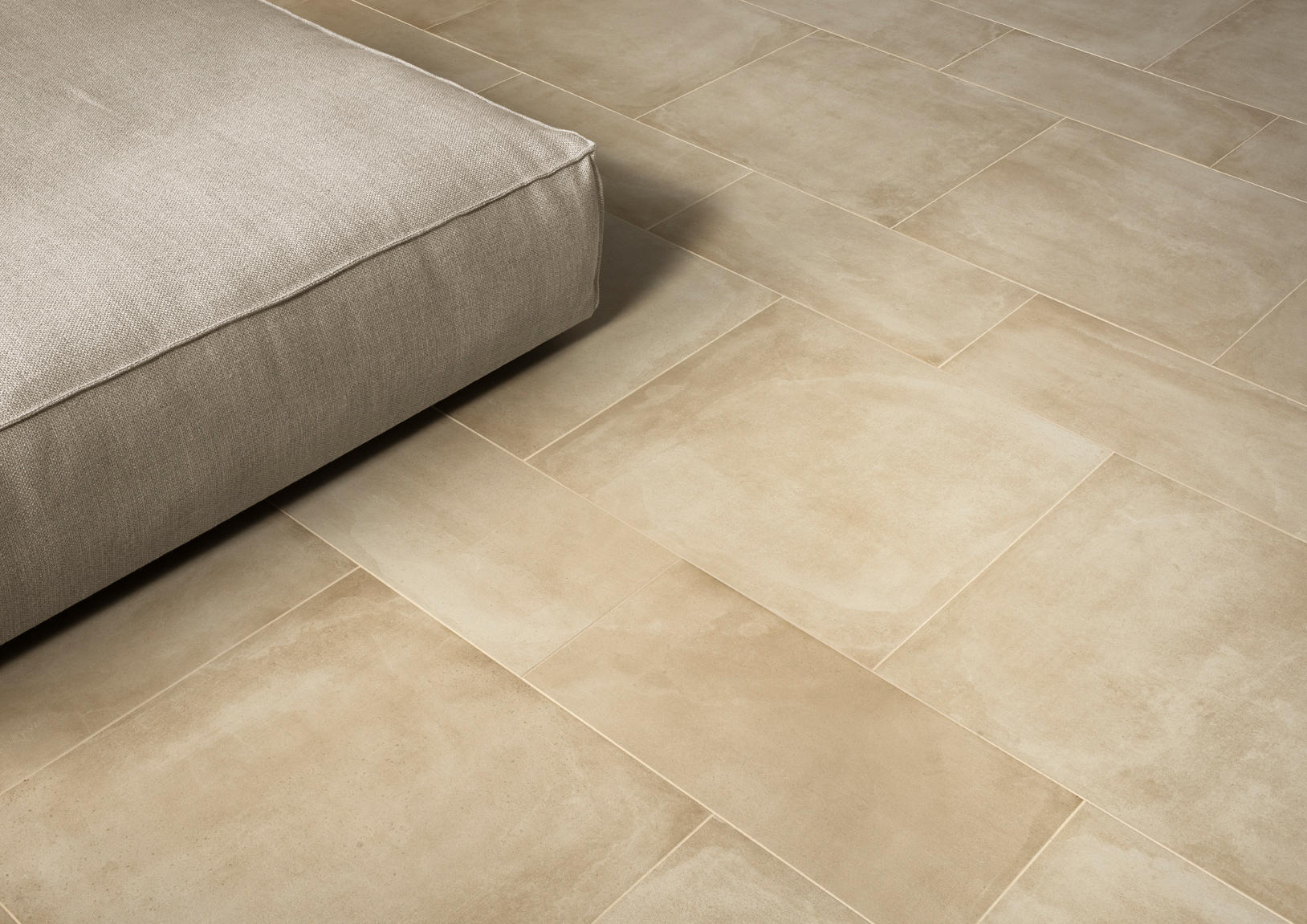 One gesso floor tiles from caesar architonic for Carrelage 45x45