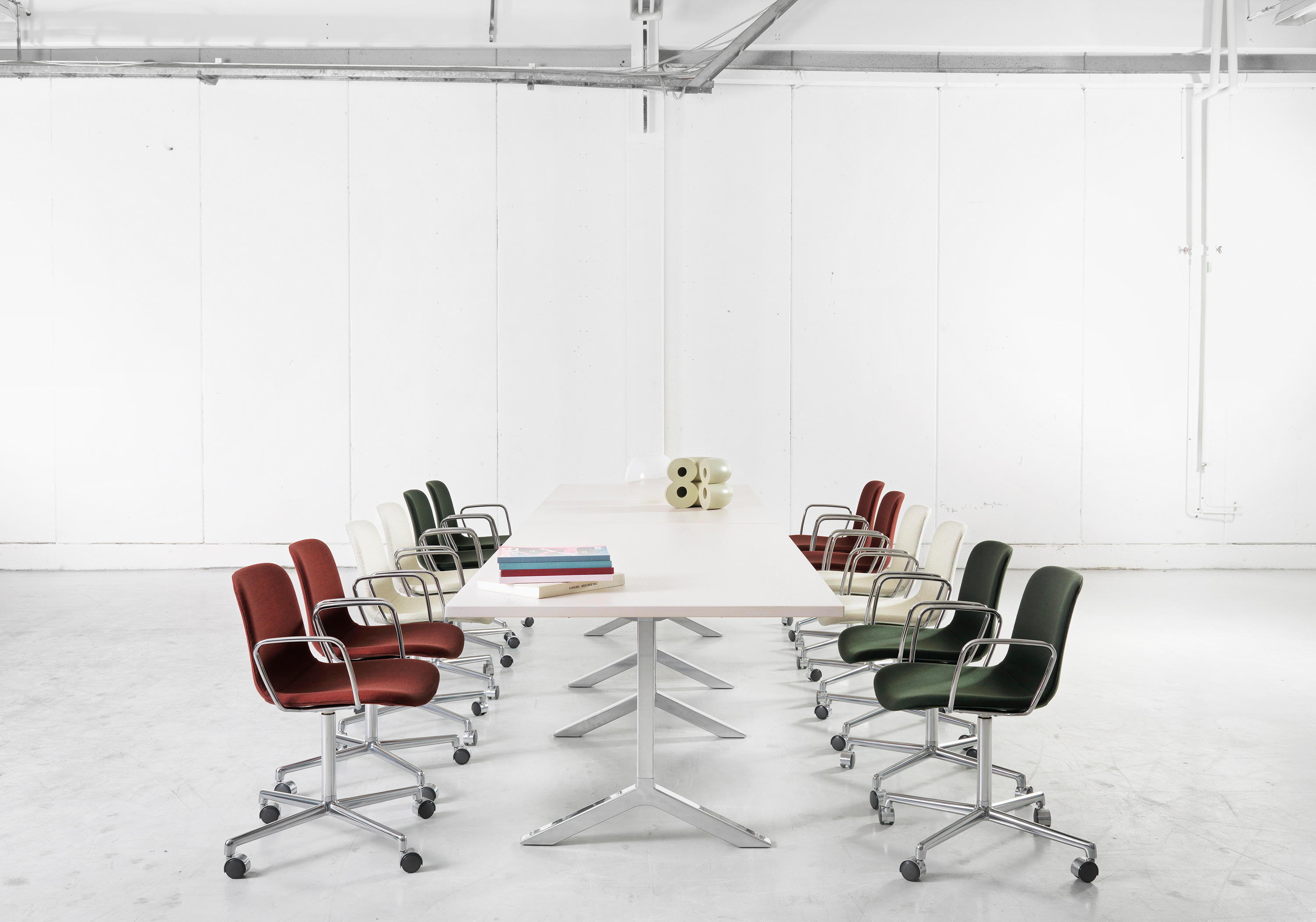 GRADE CHAIR Restaurant chairs from Lammhults Archit