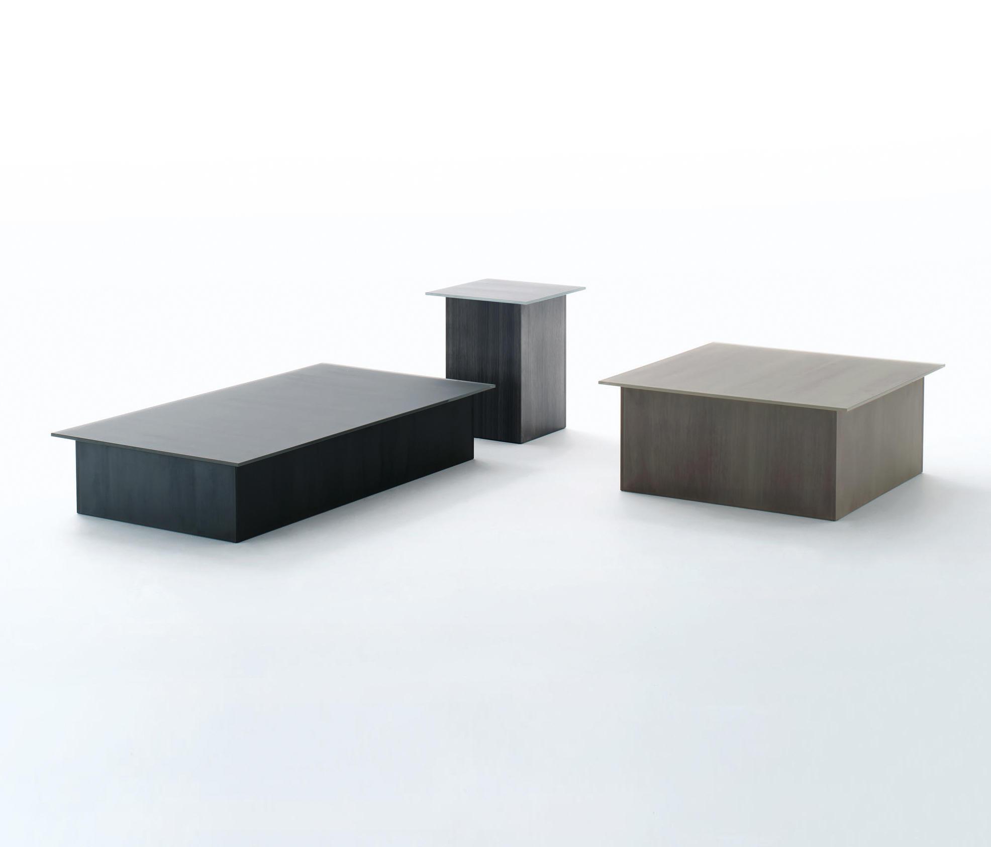 BRUSHSTROKE Meeting room tables from Glas Italia  : brushstroke 4 b from www.architonic.com size 1972 x 1686 jpeg 98kB