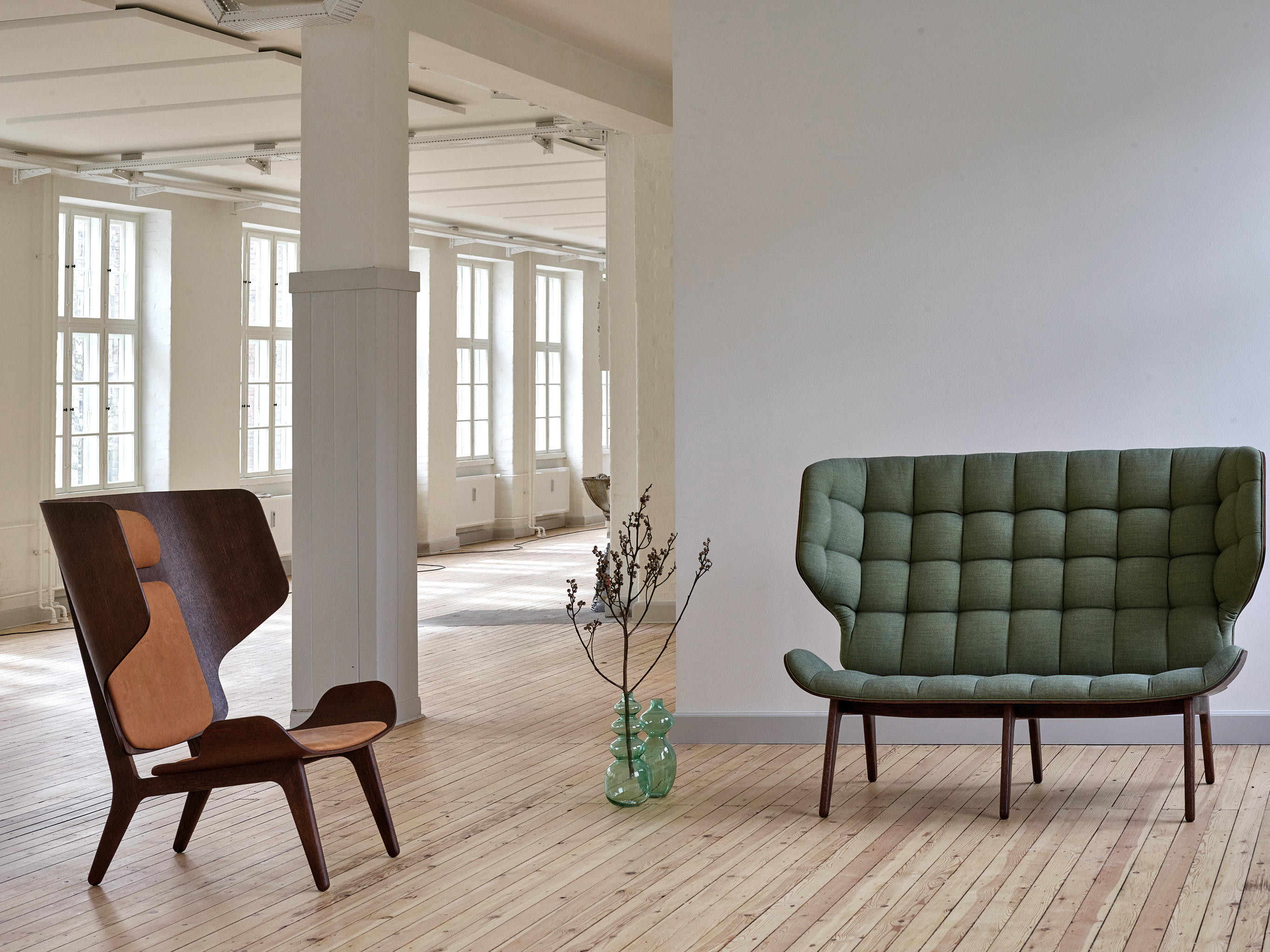 mammoth chair limited edition black fabric kvadrat basel. Black Bedroom Furniture Sets. Home Design Ideas