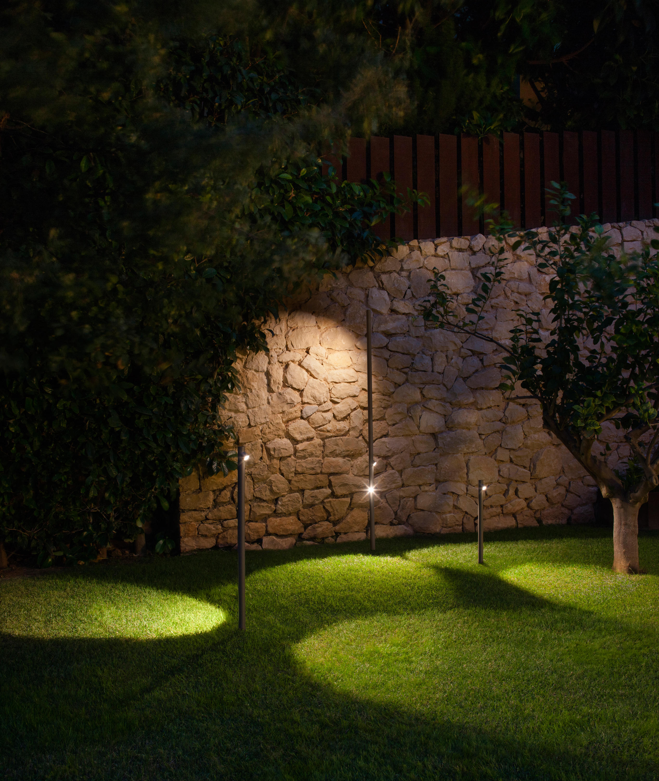 Bamboo 4810 4812 outdoor general lighting from vibia - Iluminacion exterior led ...
