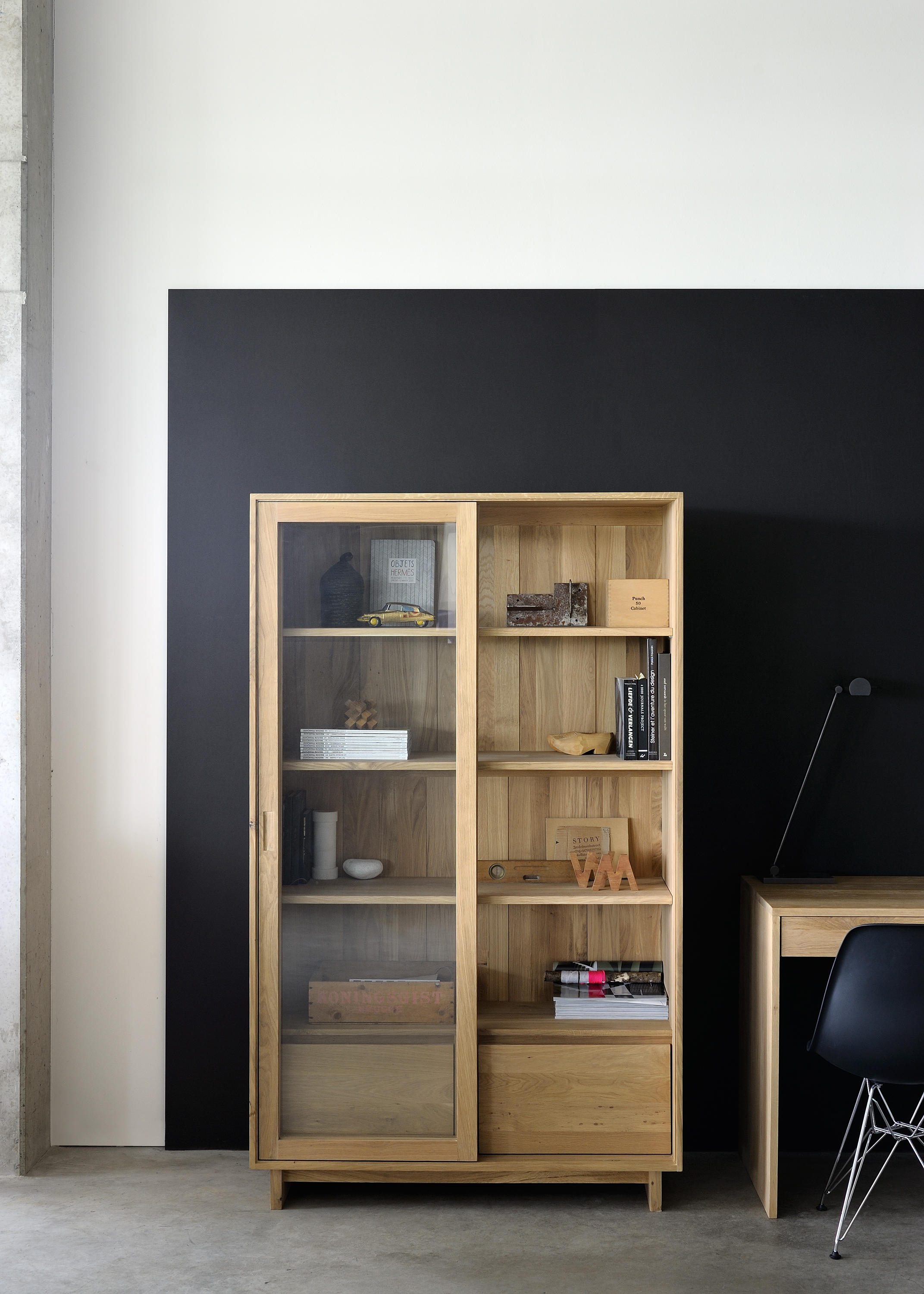 Oak Wave Book Rack Display Cabinets From Ethnicraft