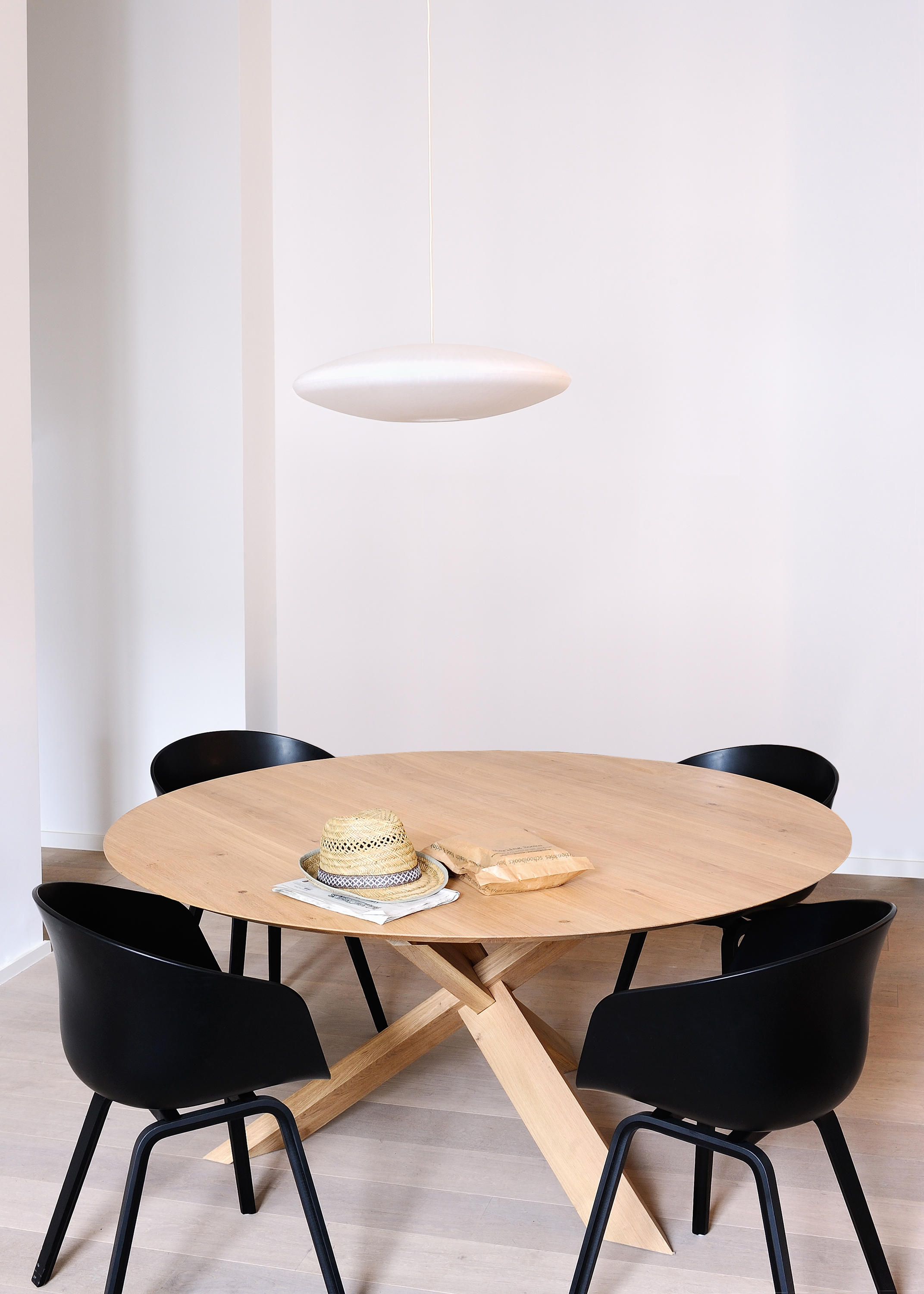 oak circle dining table - dining tables from ethnicraft | architonic Circular Dining Table