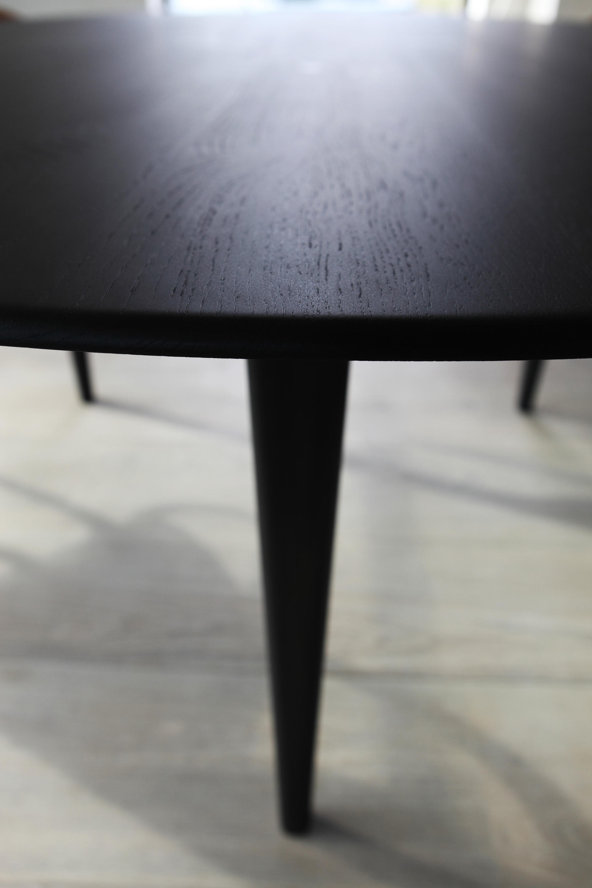 OAK BLACKSTONE ELLIPSE DINING TABLE Restaurant tables from