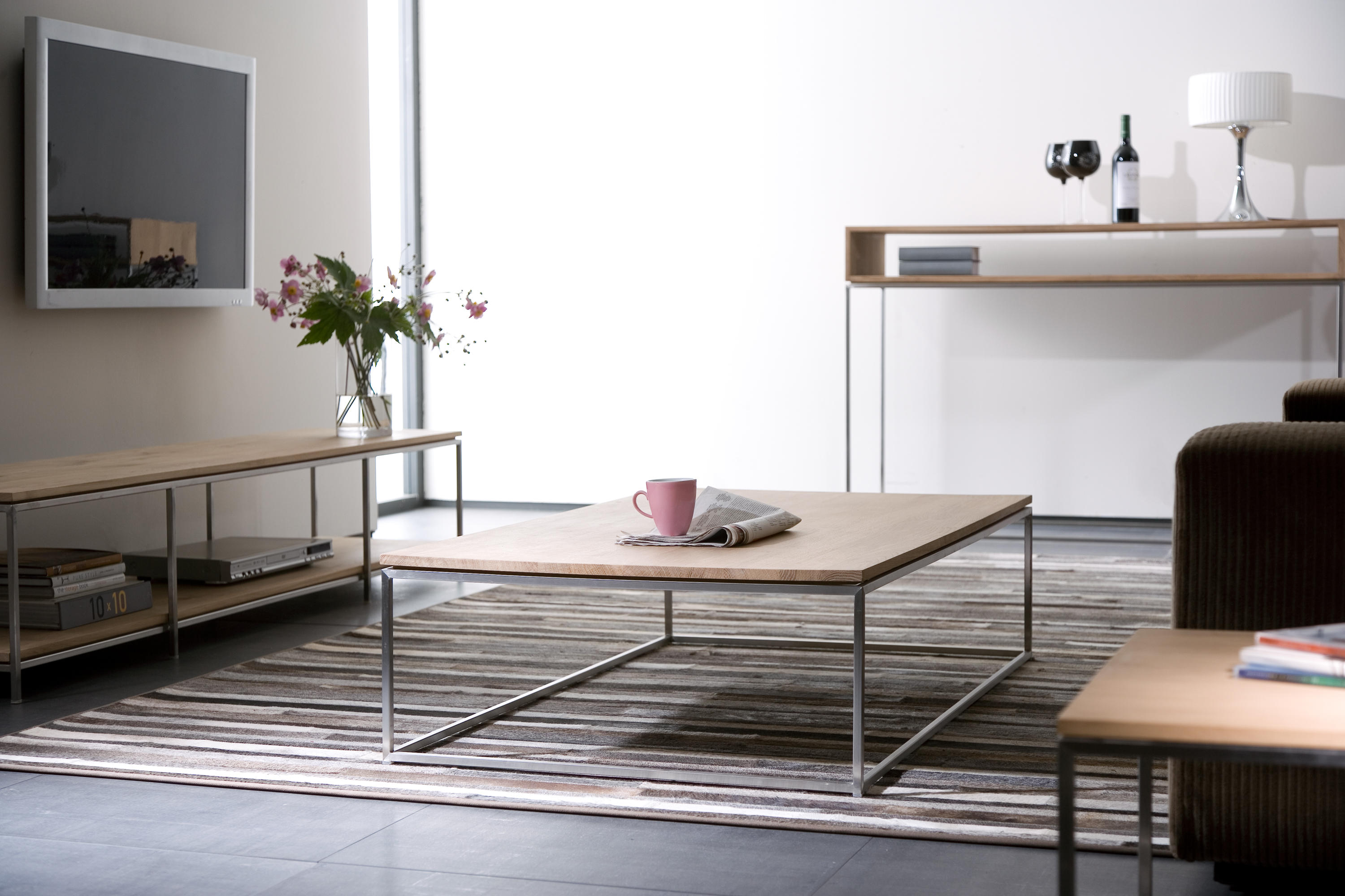 OAK THIN COFFEE TABLE Lounge tables from Ethnicraft