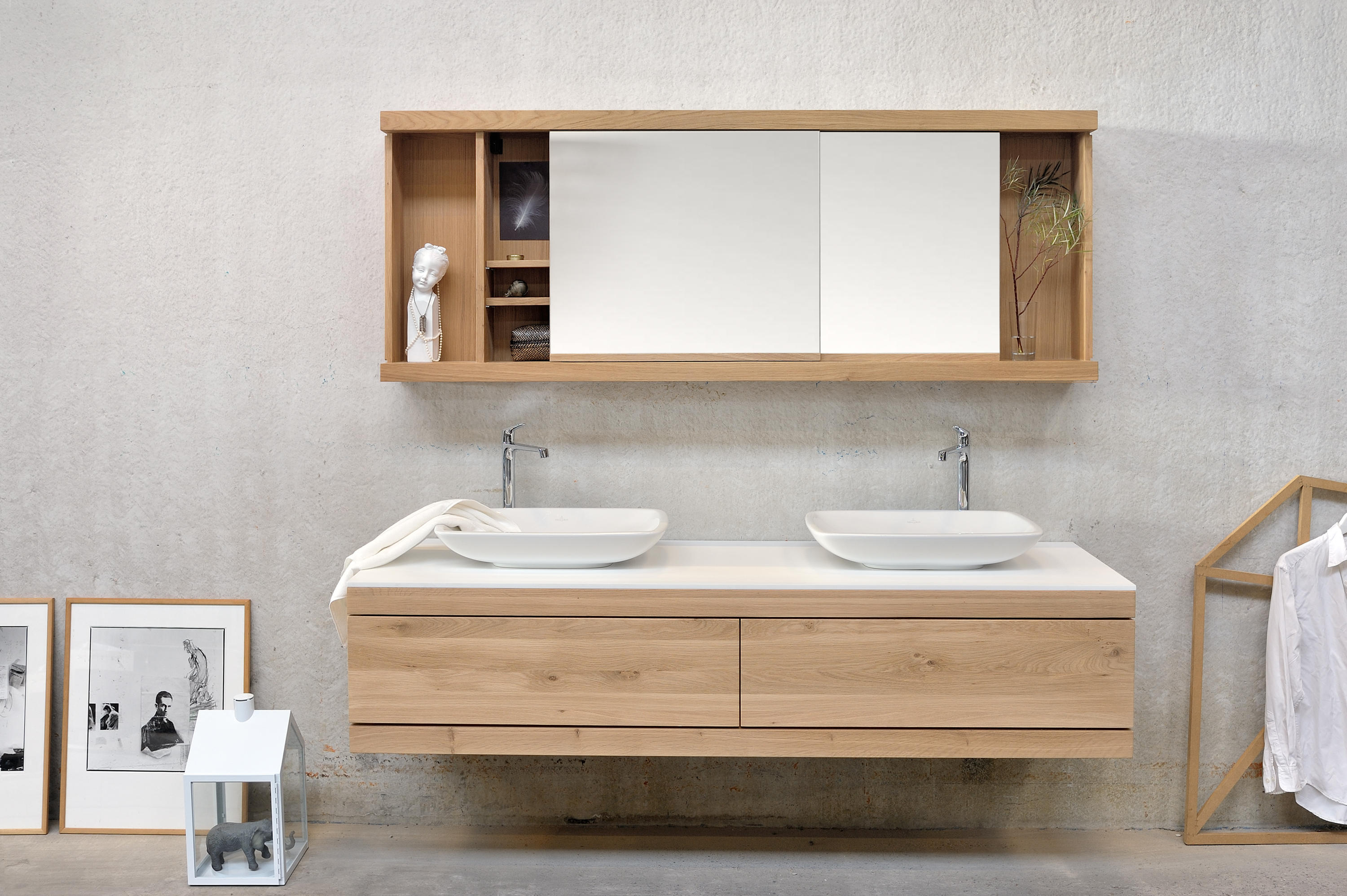 Cadence wall mounted base unit vanity units from for Design waschtischunterschrank