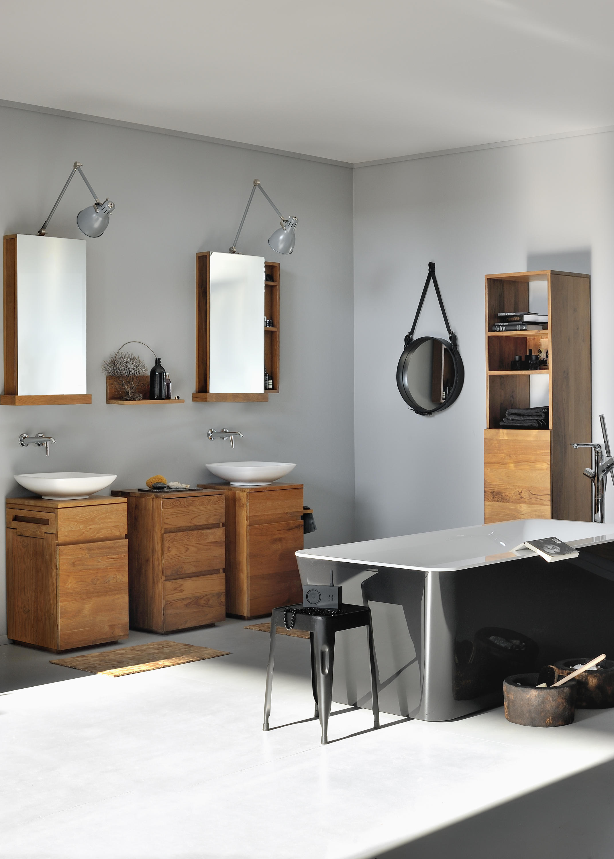 Square mirror cabinet mirror cabinets from ethnicraft for Armoire de toilette but