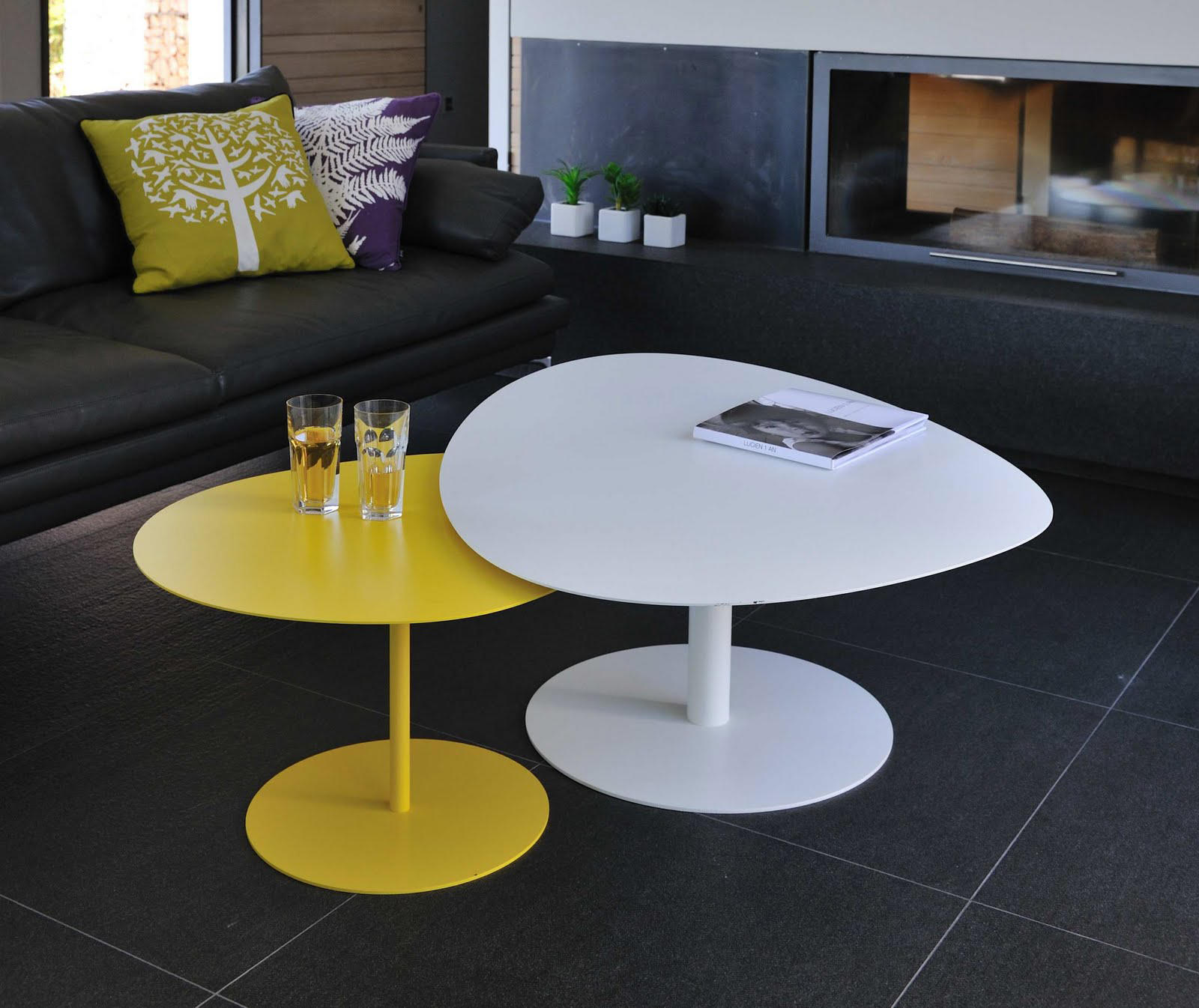 Galet table 1 coffee tables from mati re grise architonic - Table basse grise laquee ...