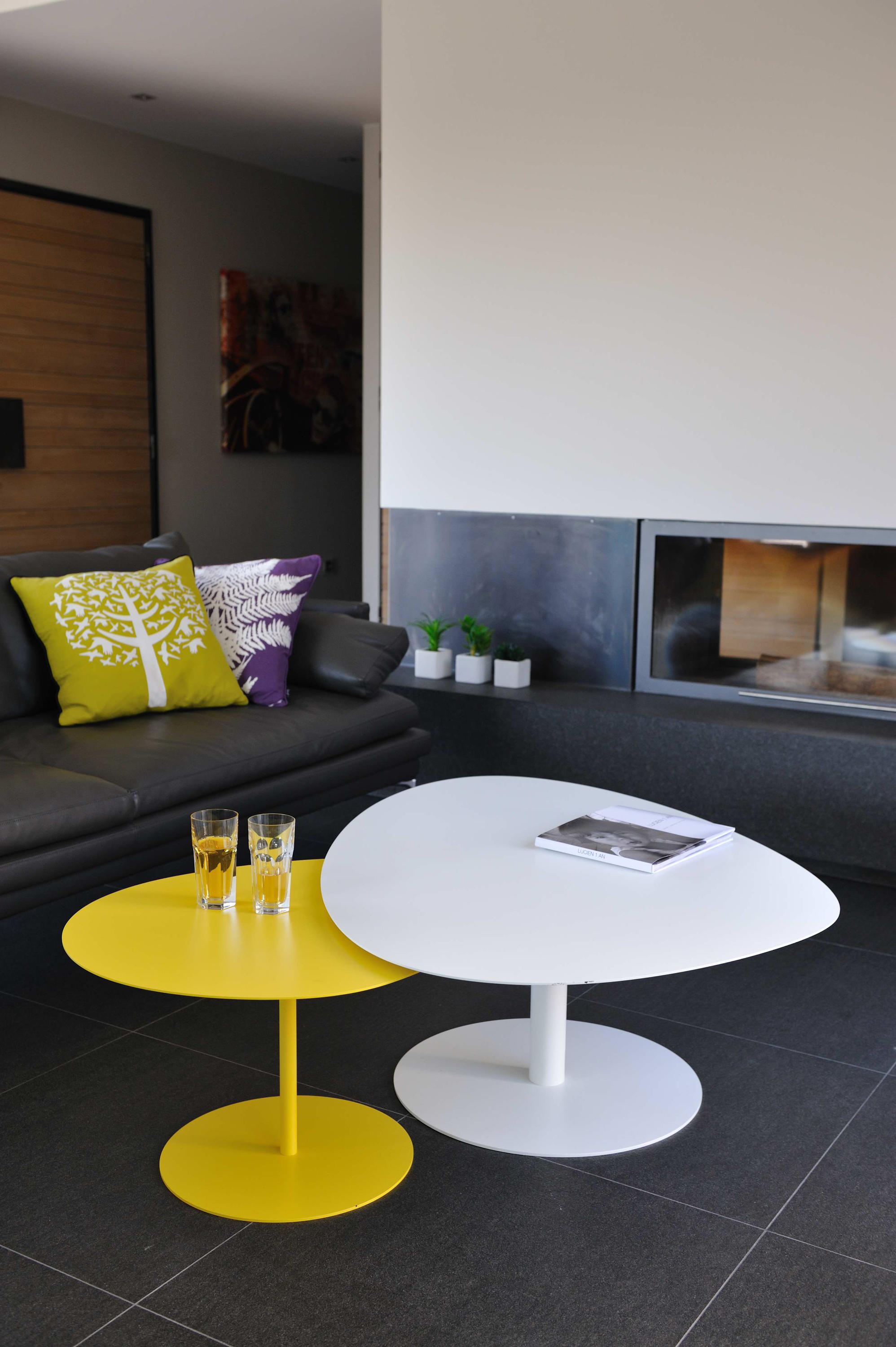 Galet Table 1 Coffee Tables From Mati 232 Re Grise Architonic