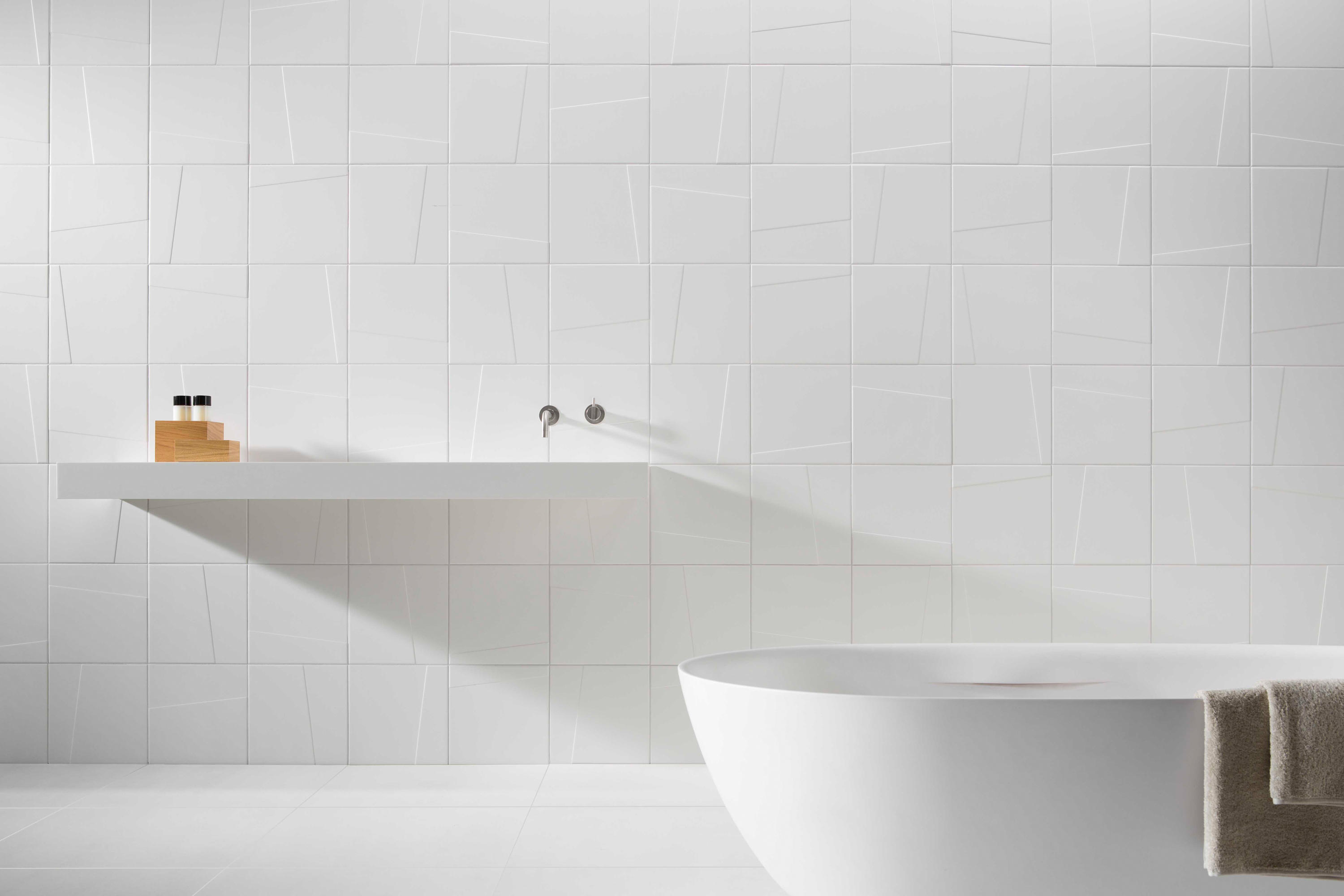 Royal Mosa Tegels : Mosa murals blend ceramic tiles from mosa architonic
