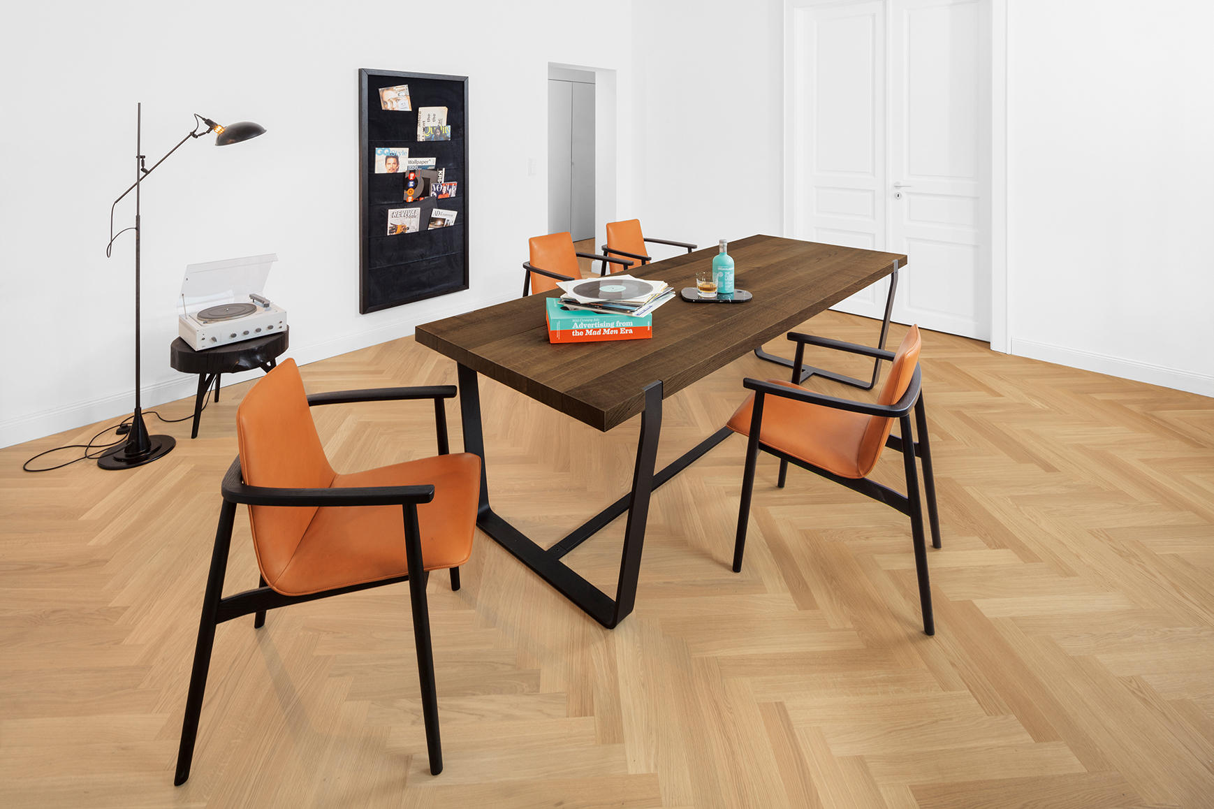 bb 11 clamp table restaurant tables from janua christian seisenberger architonic. Black Bedroom Furniture Sets. Home Design Ideas
