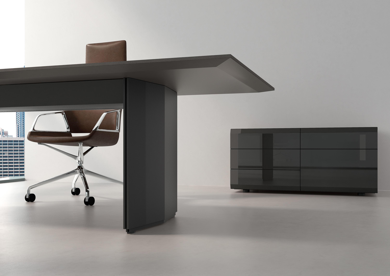 pace arbeitstisch einzeltische von renz architonic. Black Bedroom Furniture Sets. Home Design Ideas